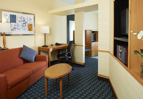 Fairfield Inn & Suites by Marriott Atlanta Stonecrest image 4