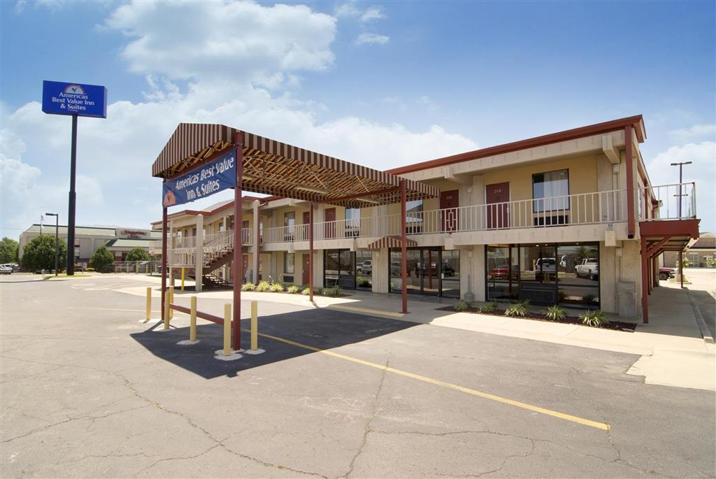 Americas Best Value Inn Suites Conway At 815 East Oak