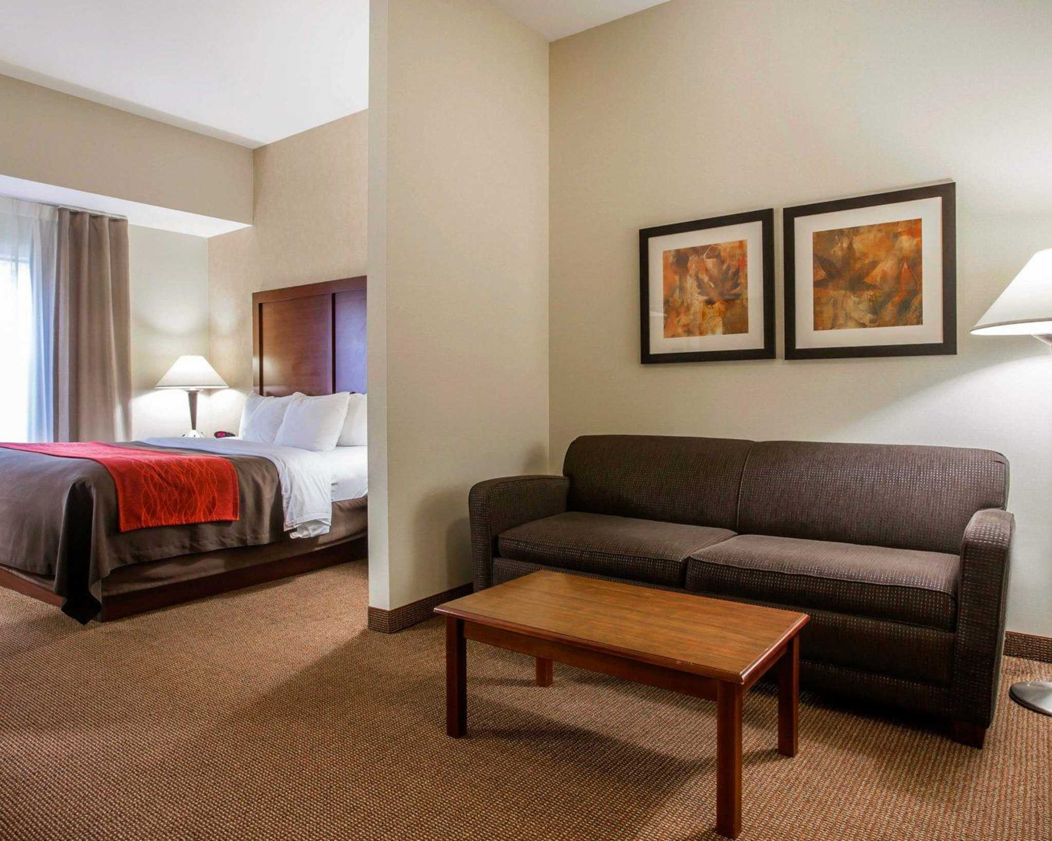 Comfort Inn & Suites adj to Akwesasne Mohawk Casino image 45