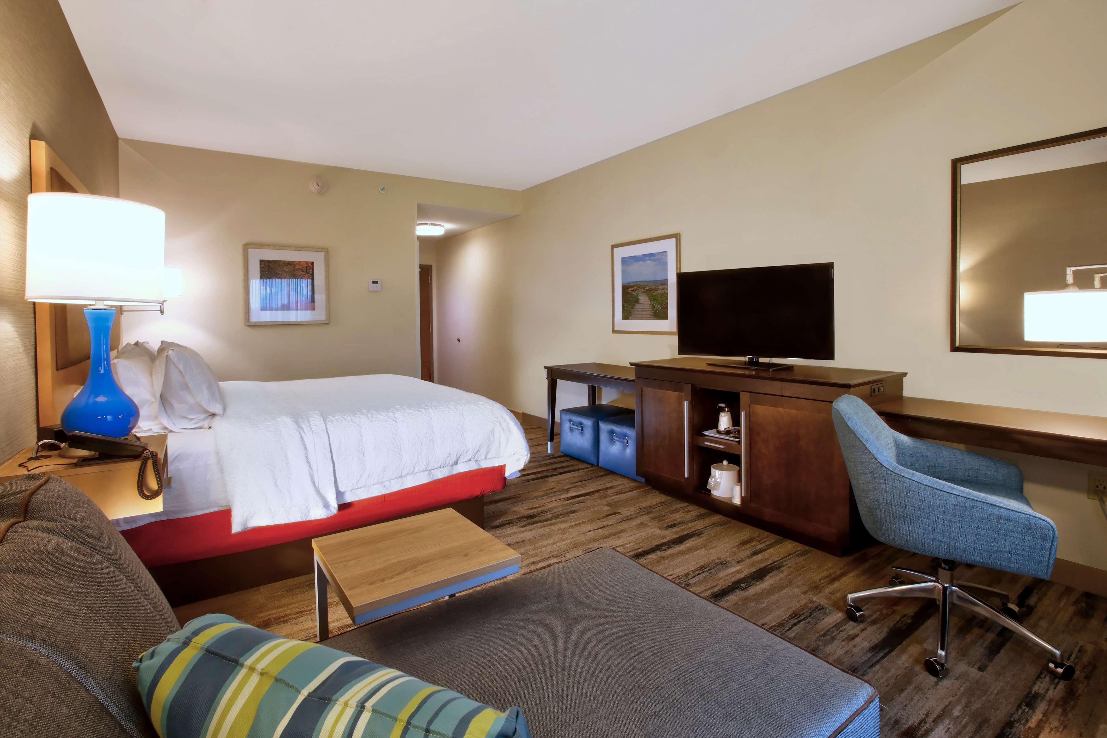 Hampton Inn & Suites Baltimore/Aberdeen image 25