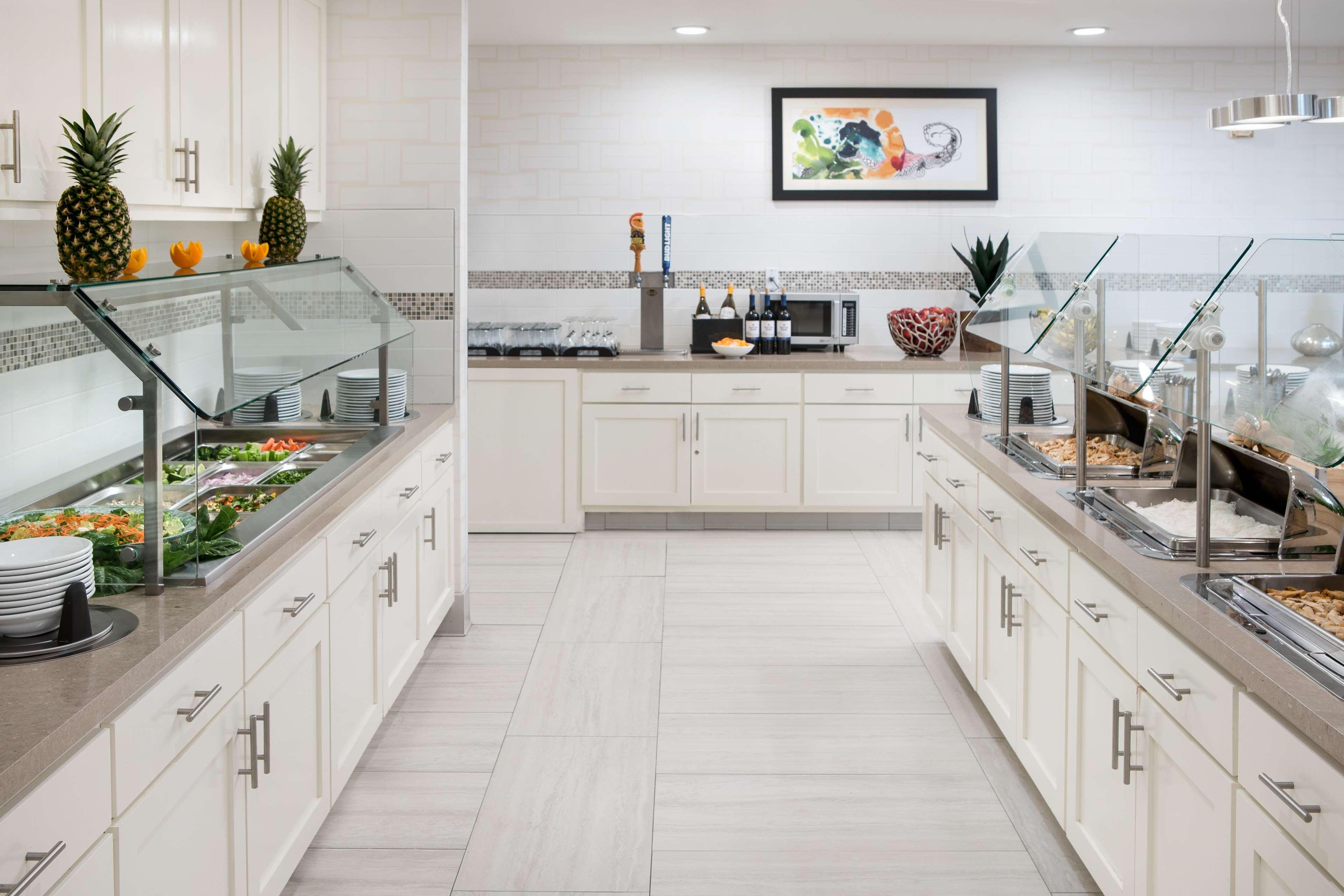 Homewood Suites by Hilton Anaheim-Main Gate Area image 12