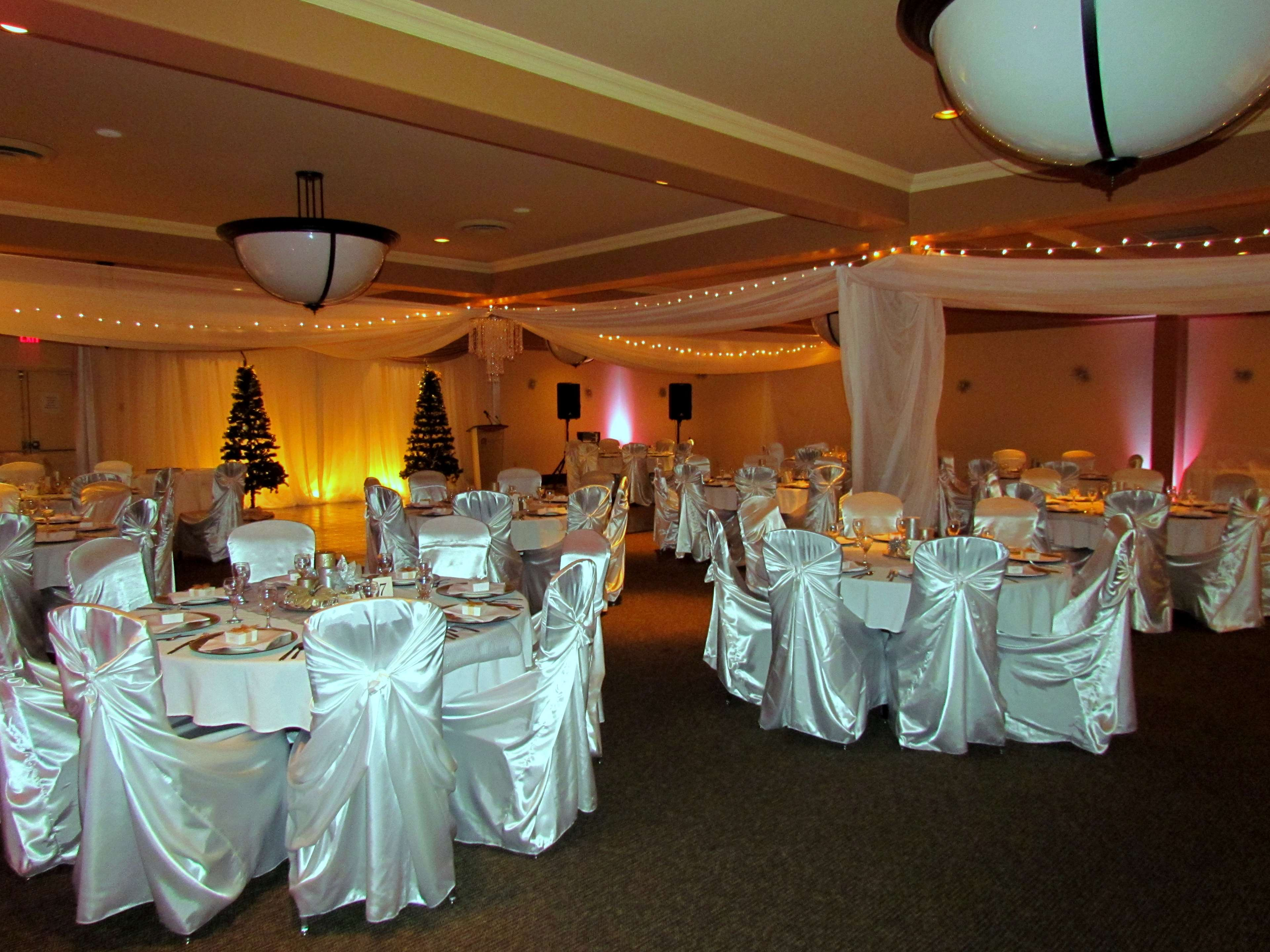 Best Western Plus Barclay Hotel in Port Alberni: Our ballroom is the best place for your special event.