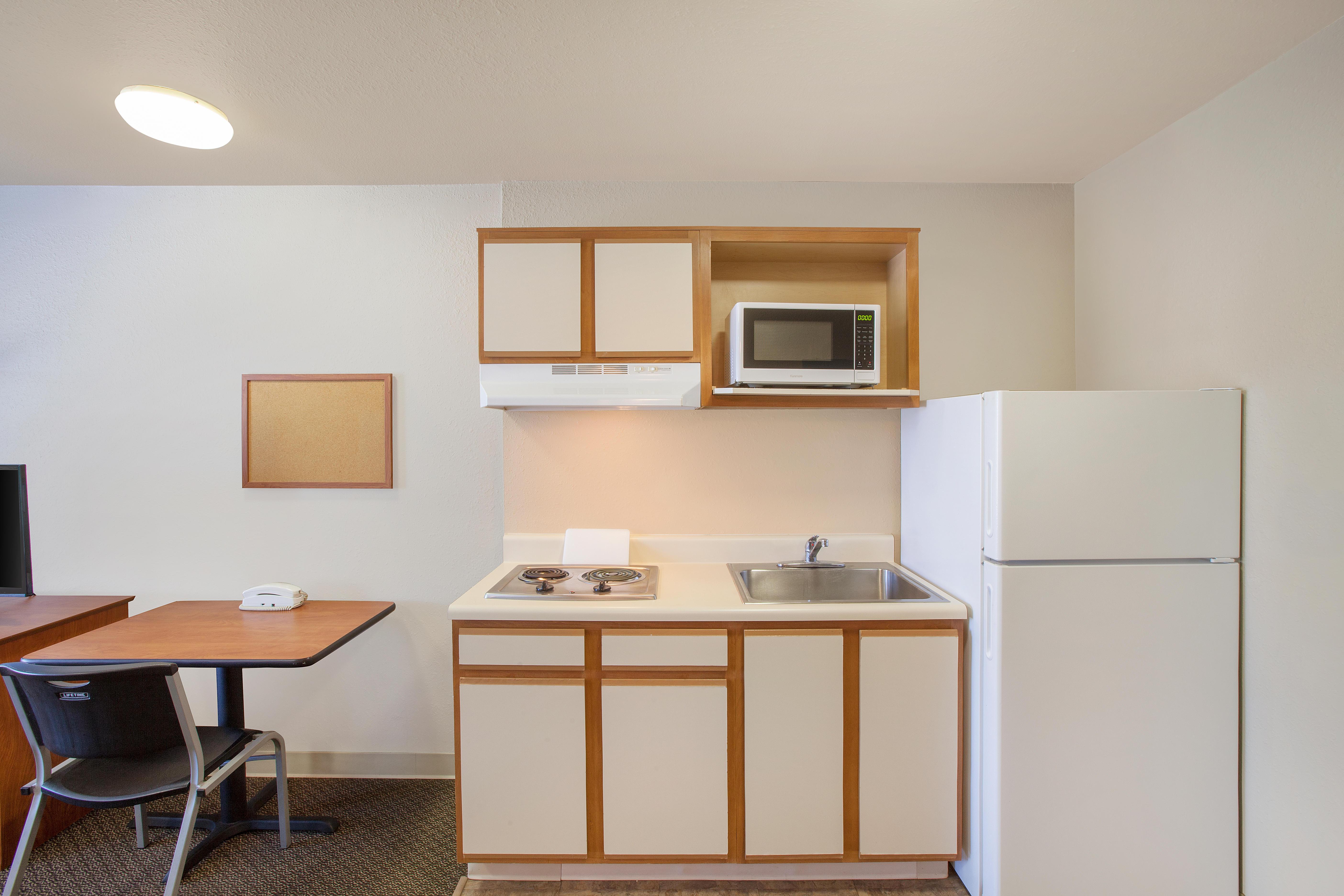 WoodSpring Suites Jacksonville Southeast image 5