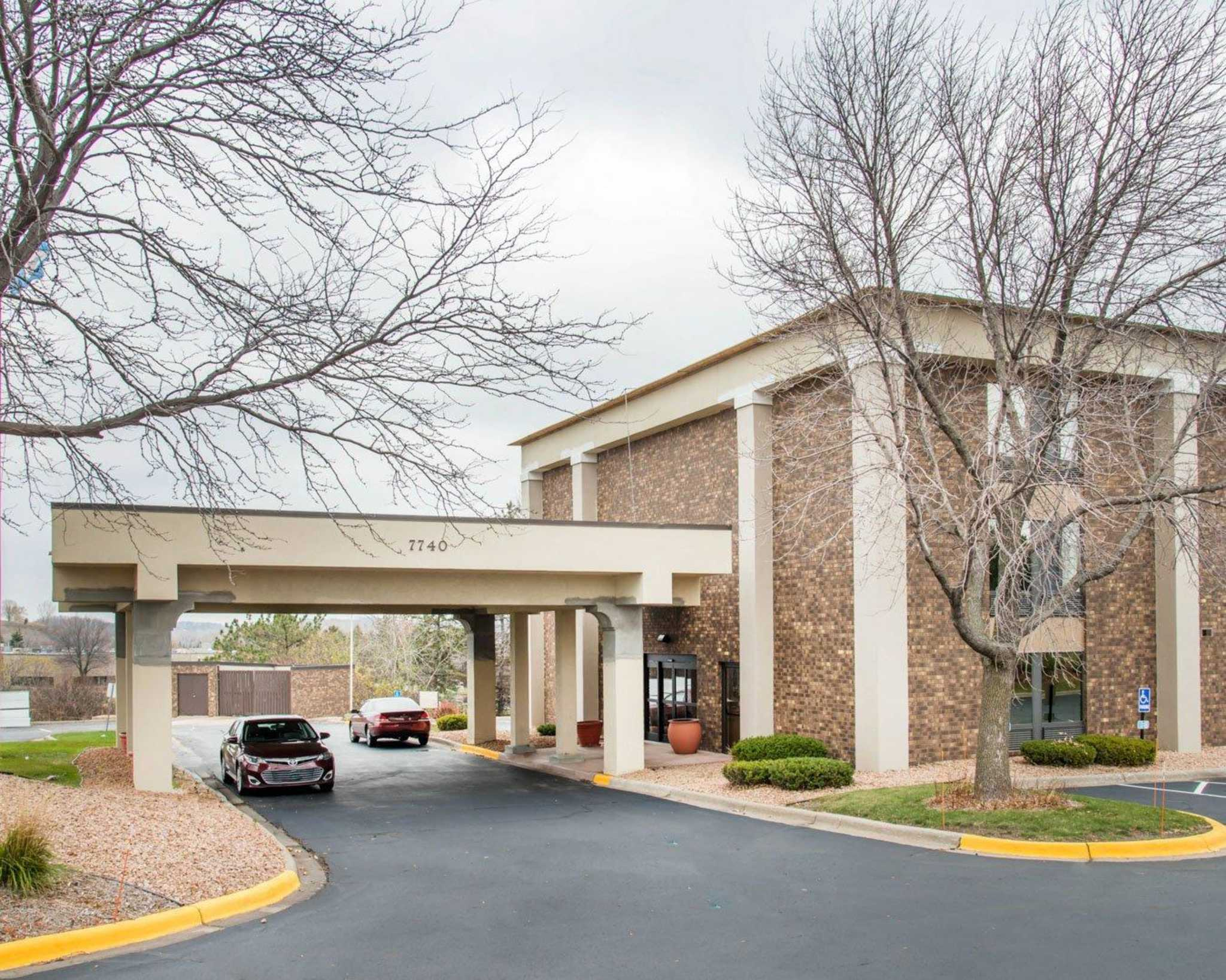 Comfort Inn Eden Prairie - Minneapolis image 4