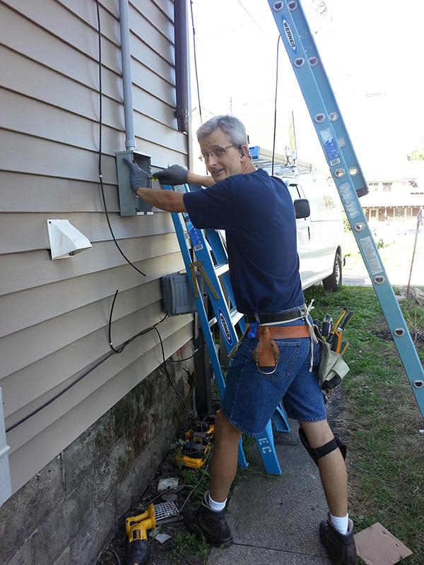 Aaron's Electric Company image 5