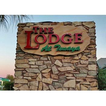 The Lodge Tenaya