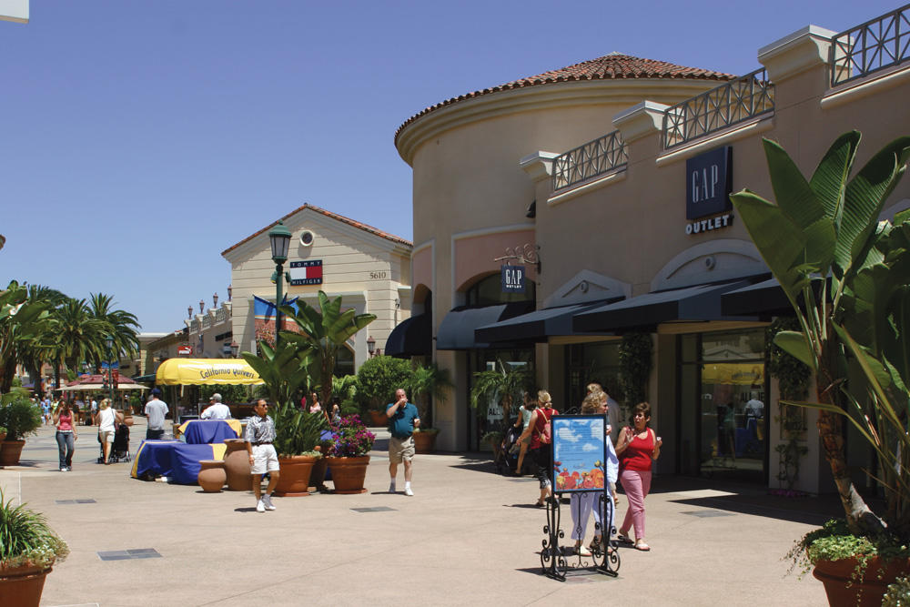 Carlsbad Premium Outlets image 3