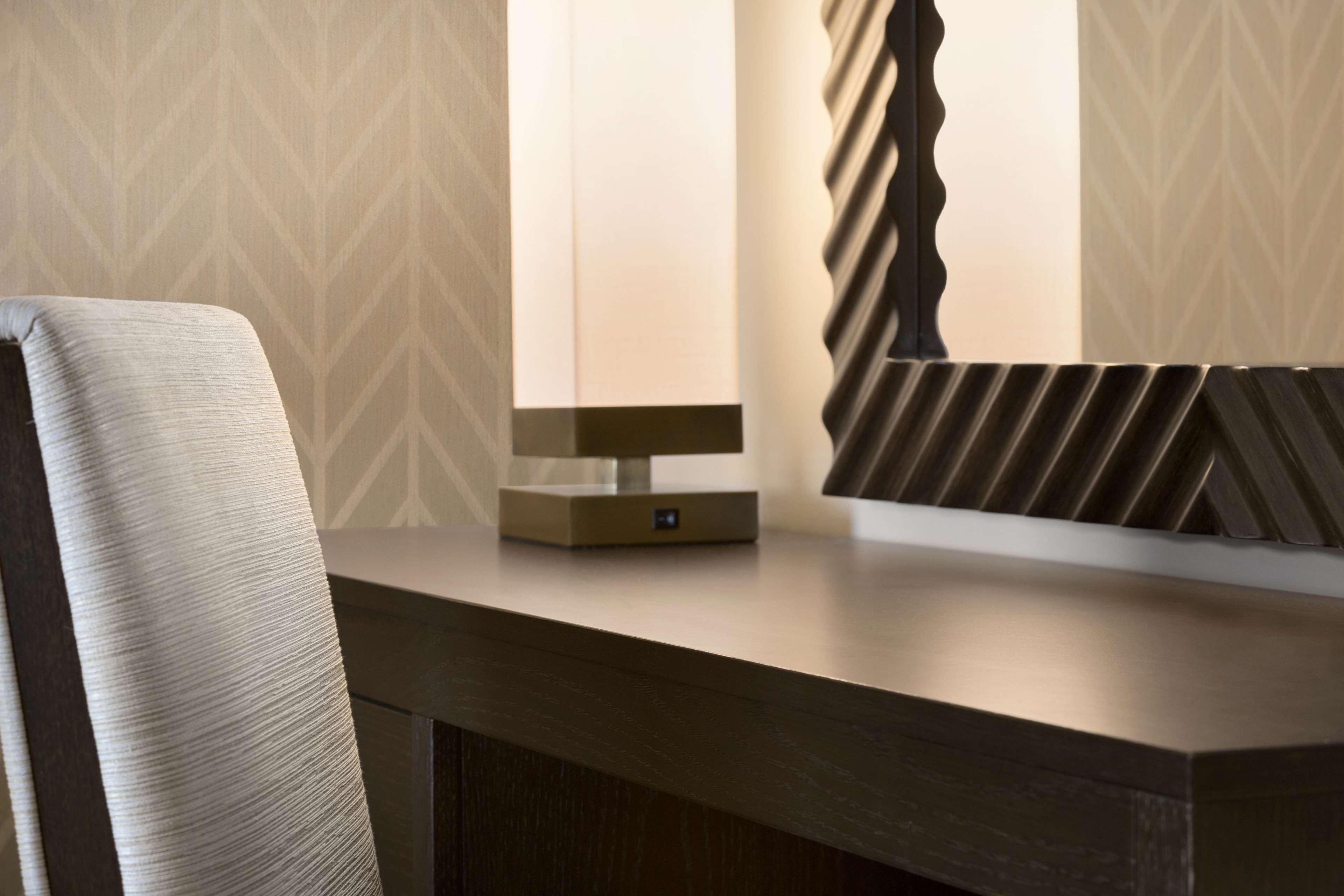 Embassy Suites by Hilton Syracuse Destiny USA image 13