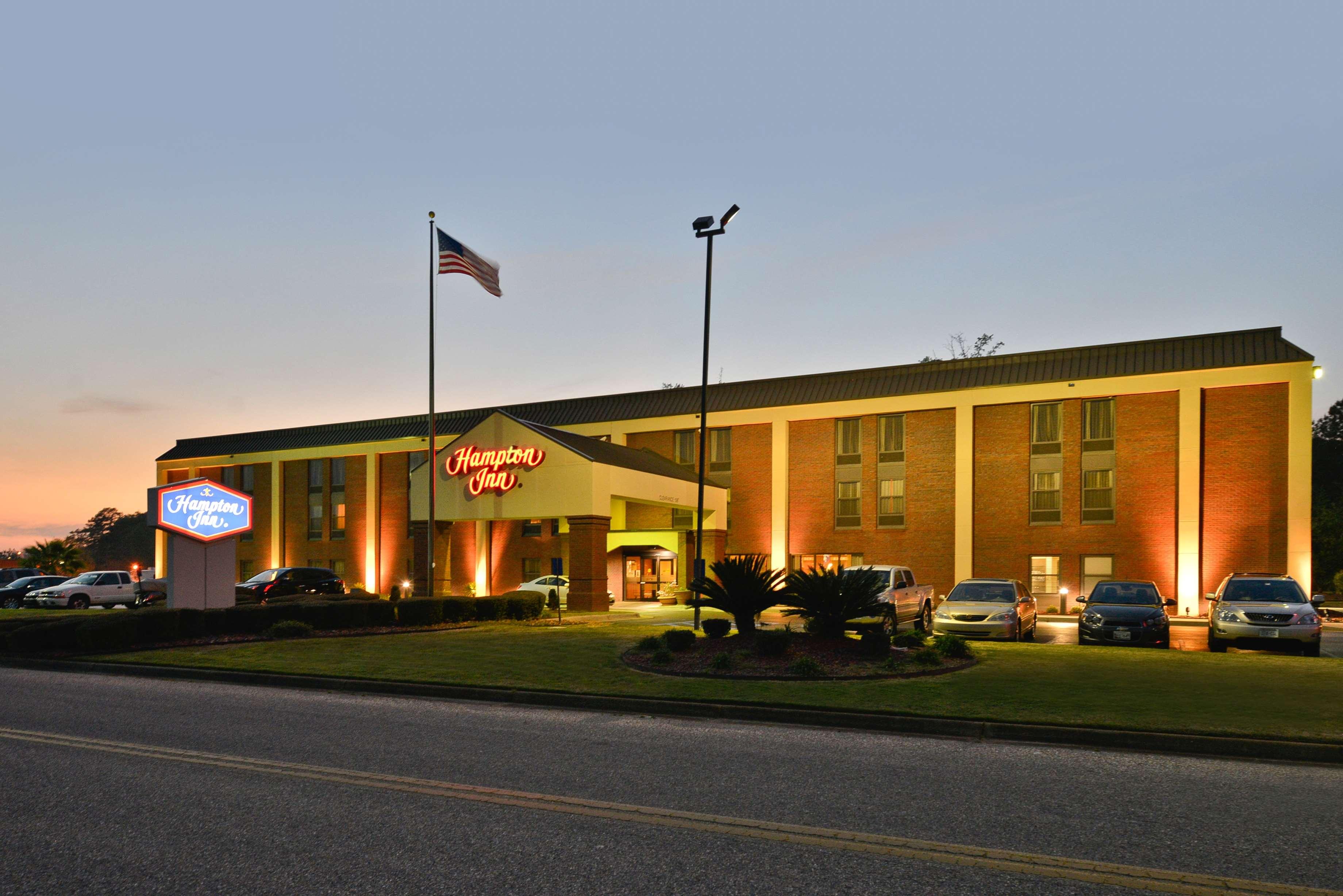 Hampton Inn Greenville image 1