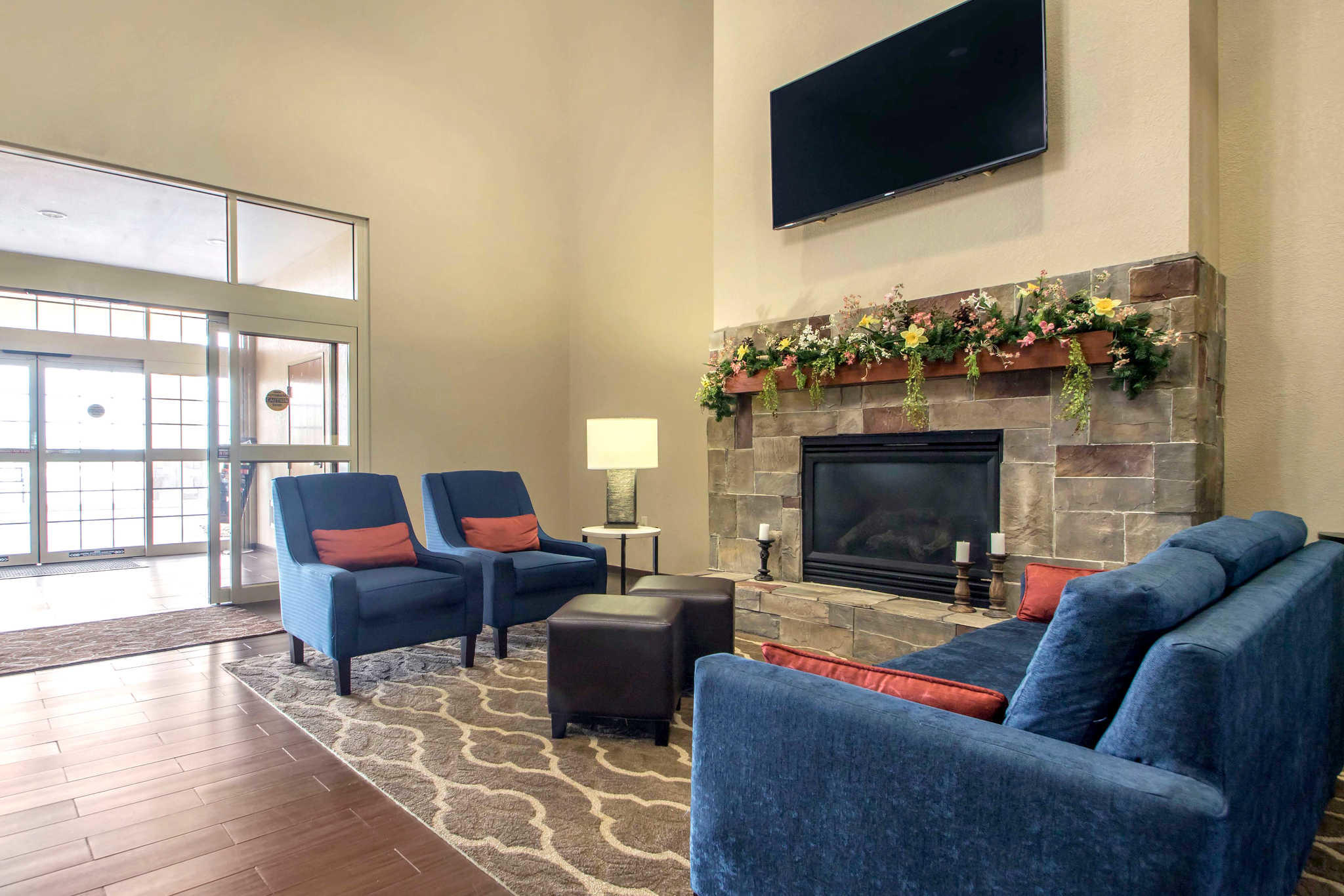Comfort Suites Johnson Creek Conference Center image 4