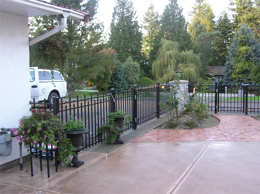 Bc deck and railing victoria bc ourbis for Gardening tools victoria bc