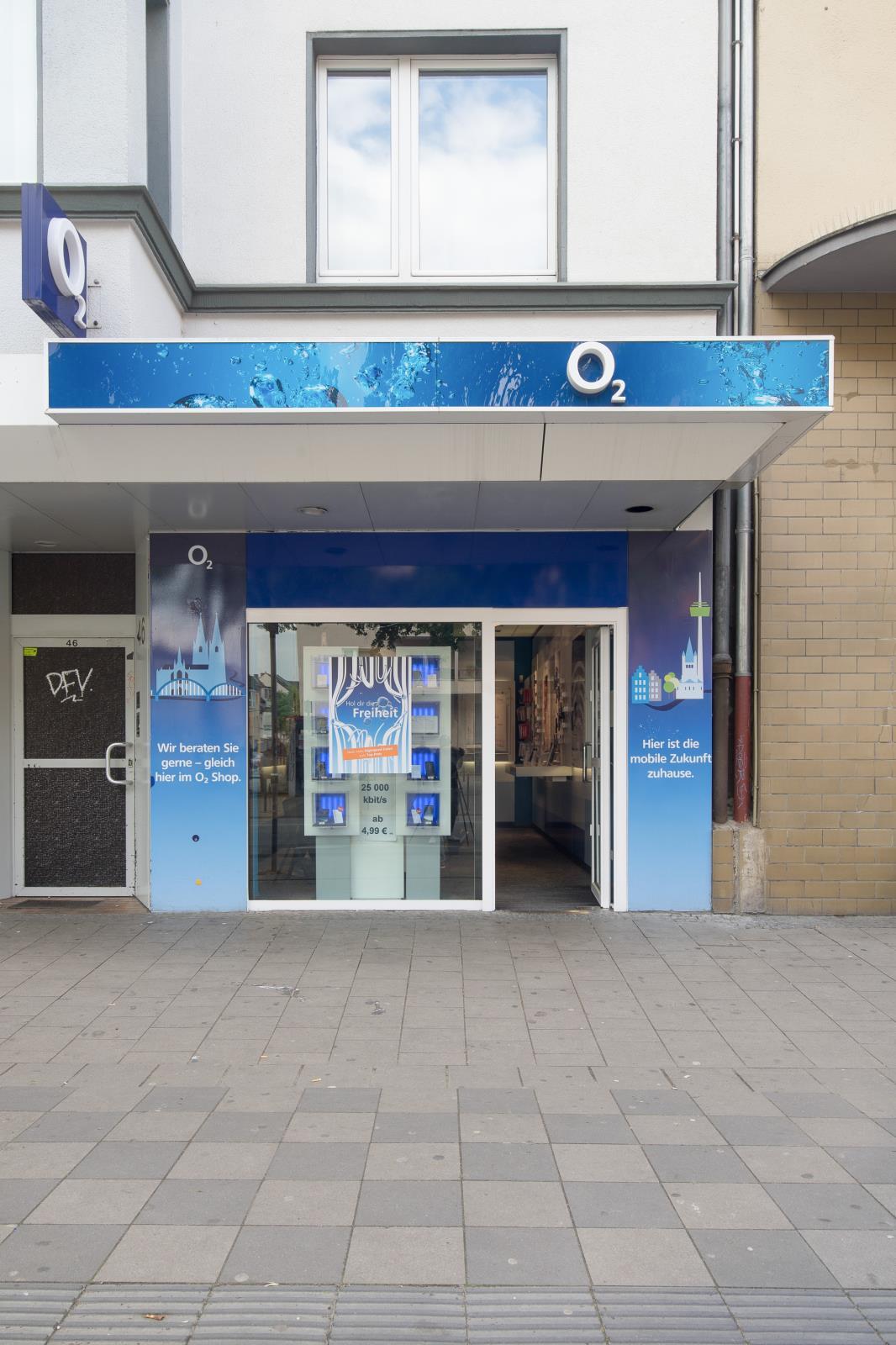o2 Shop, Frankfurter Str. 46 in Köln