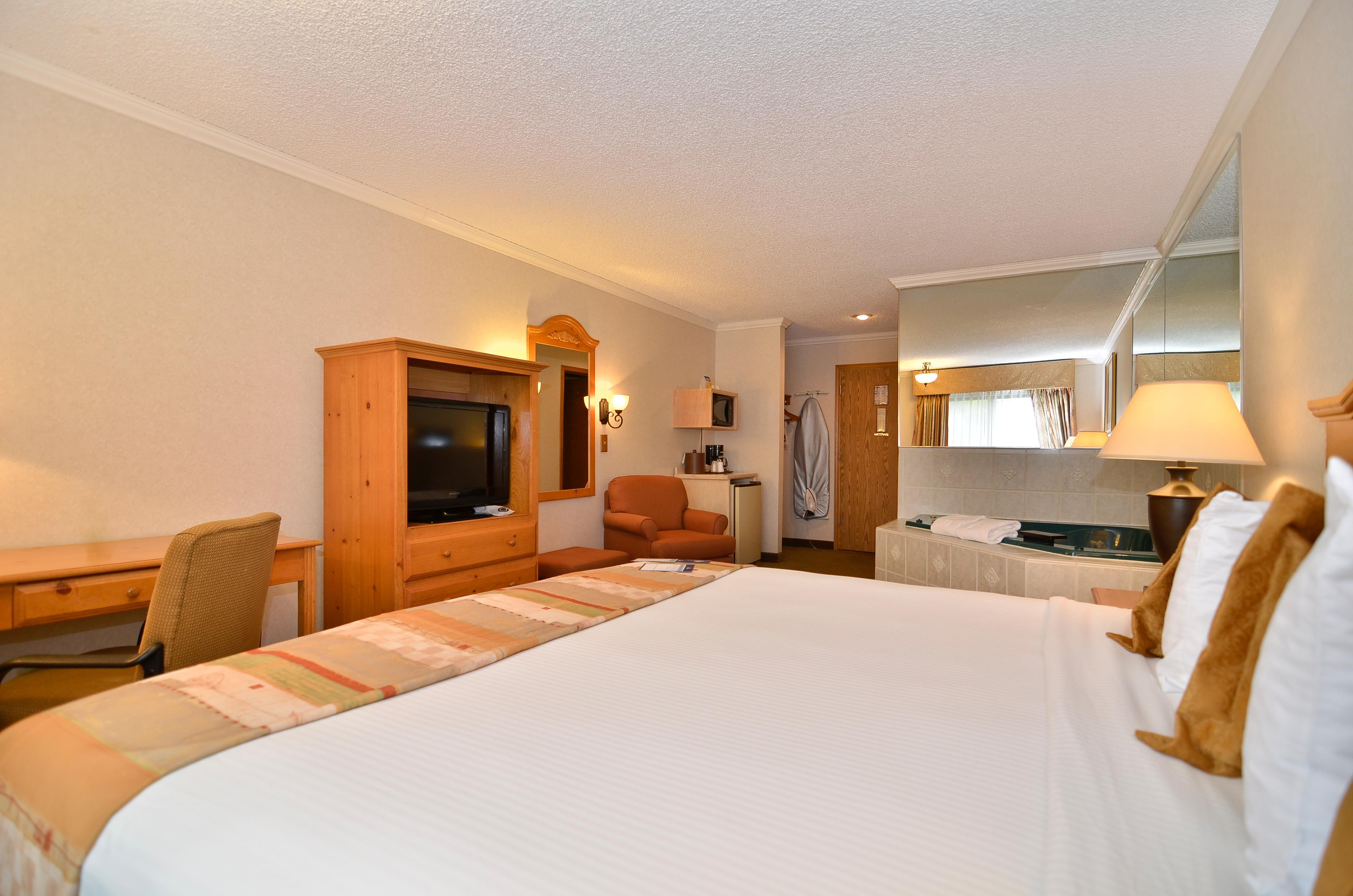Best Western Inn & Suites image 15