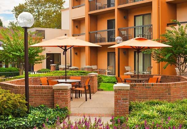 Courtyard by Marriott Baltimore BWI Airport image 2