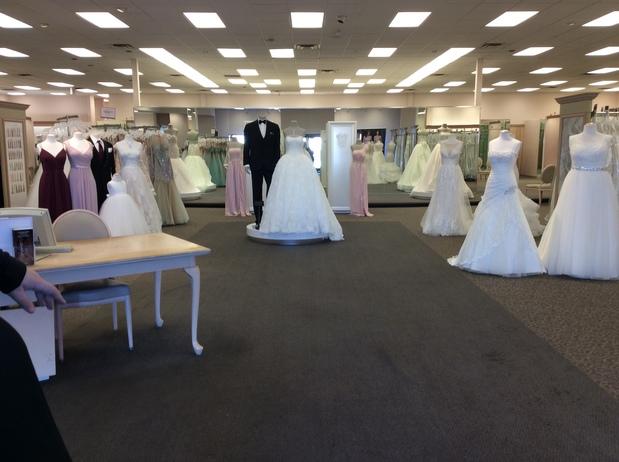 Davids Bridal In Mobile Al 36606 Citysearch