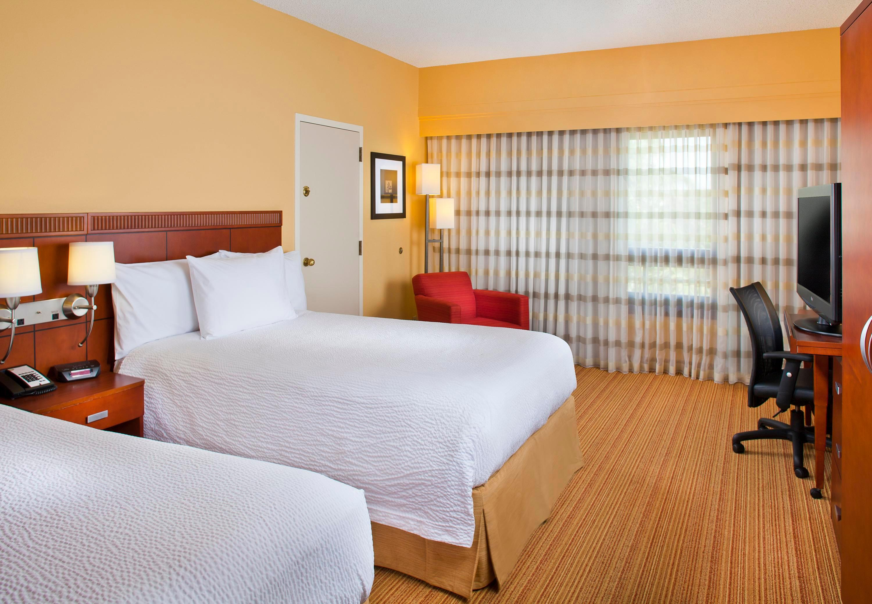 Courtyard by Marriott Miami Lakes image 21