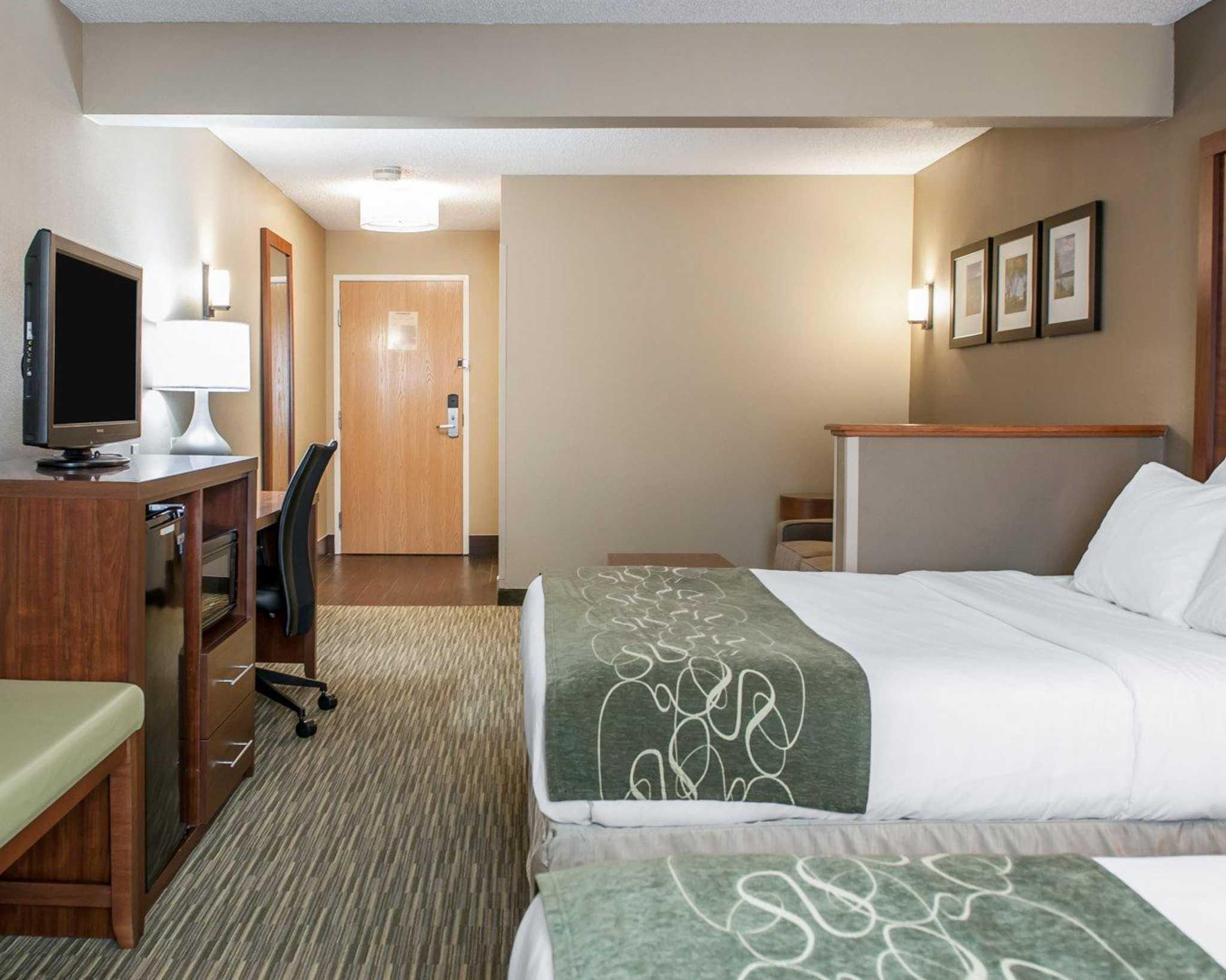 Comfort Suites North in Elkhart, IN, photo #9