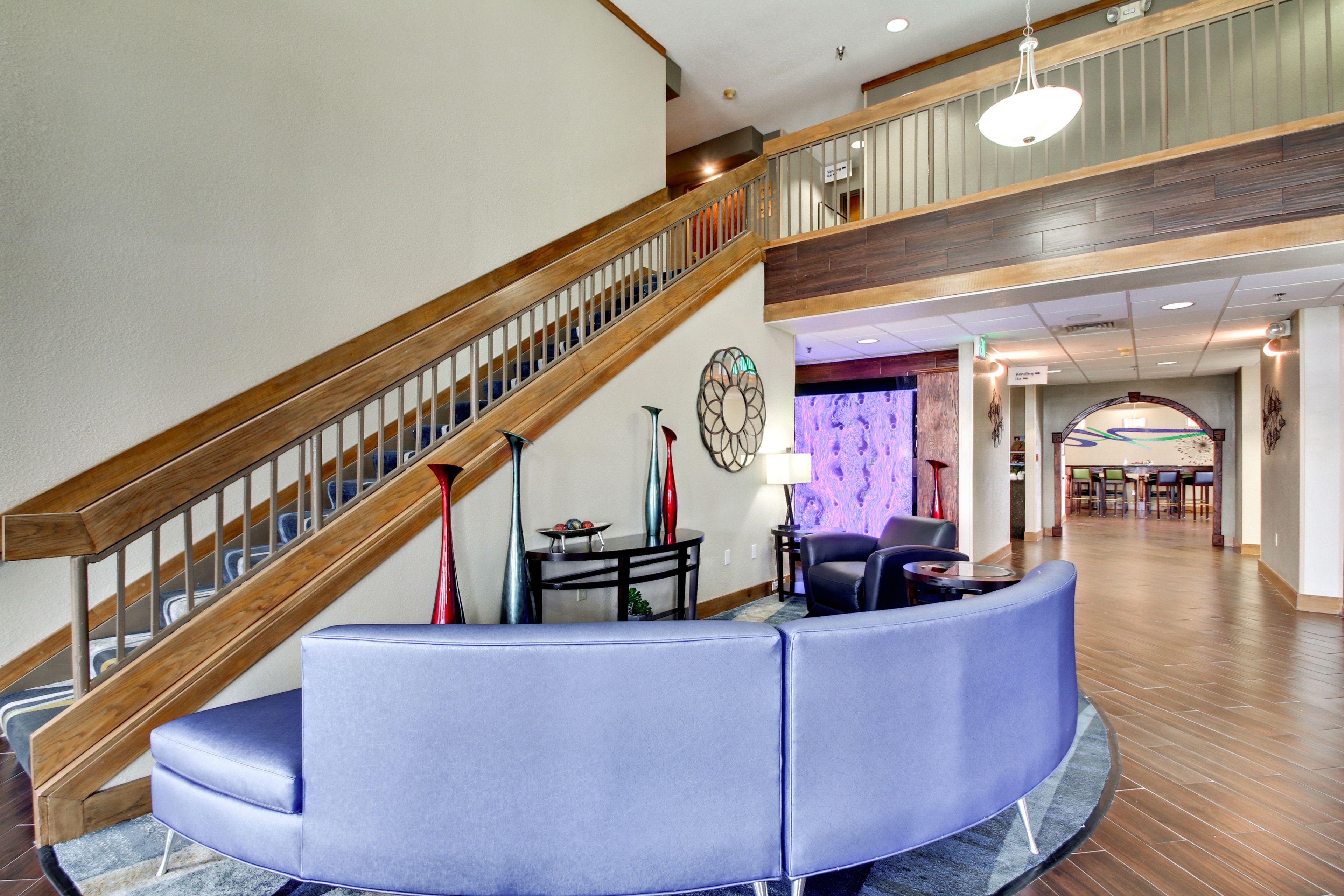 Holiday Inn Express Marshfield (Springfield Area) image 5