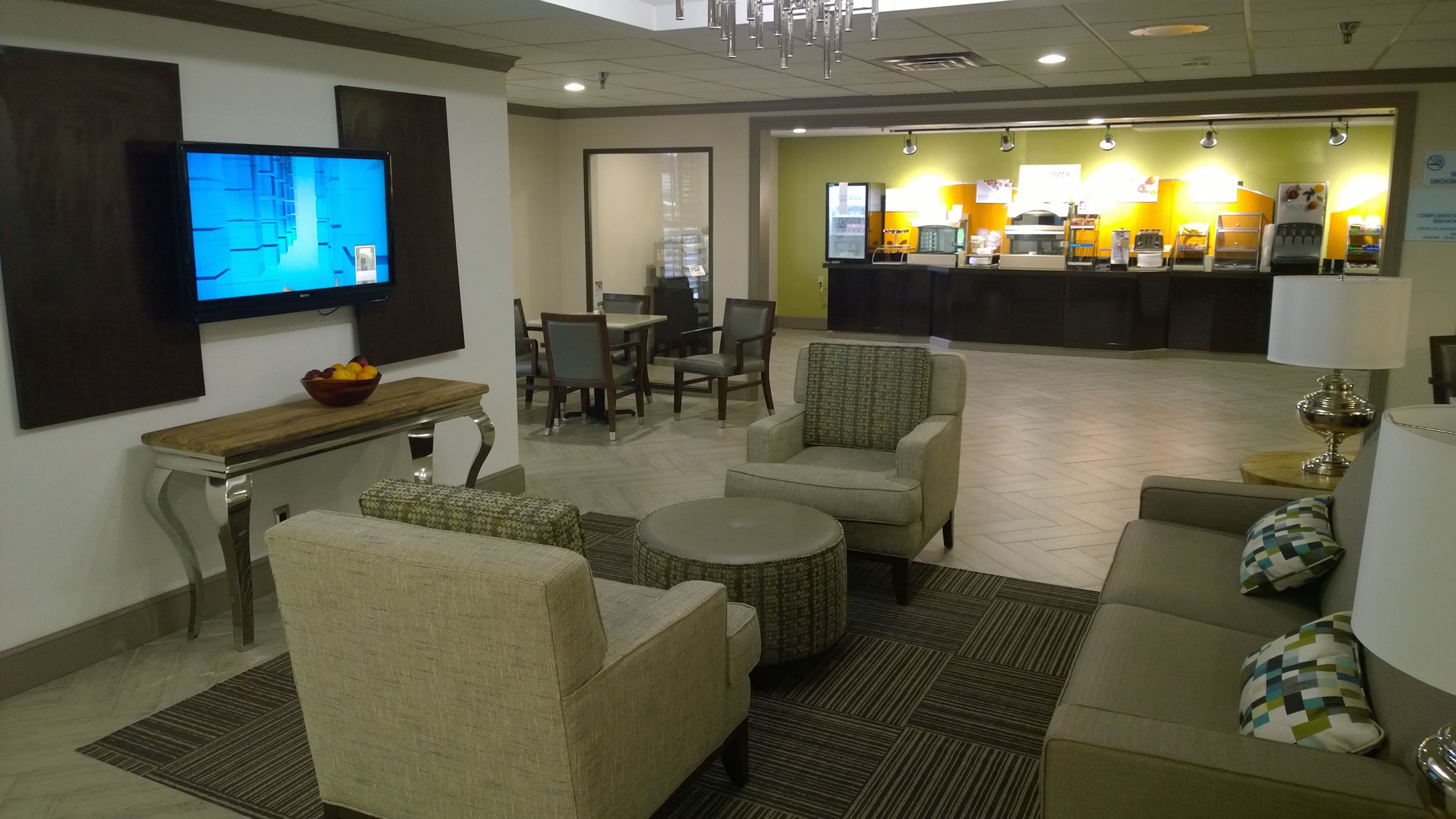 Holiday Inn Express & Suites Fayetteville-Univ Of Ar Area in Fayetteville, AR, photo #7