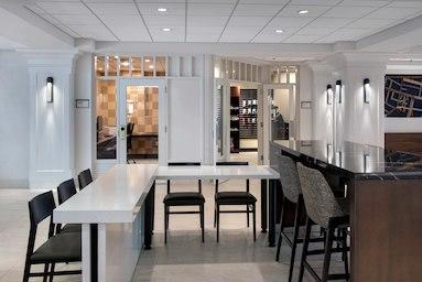 Boston Marriott Peabody image 8