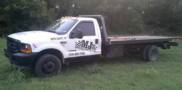 MJ Towing & Recovery Inc