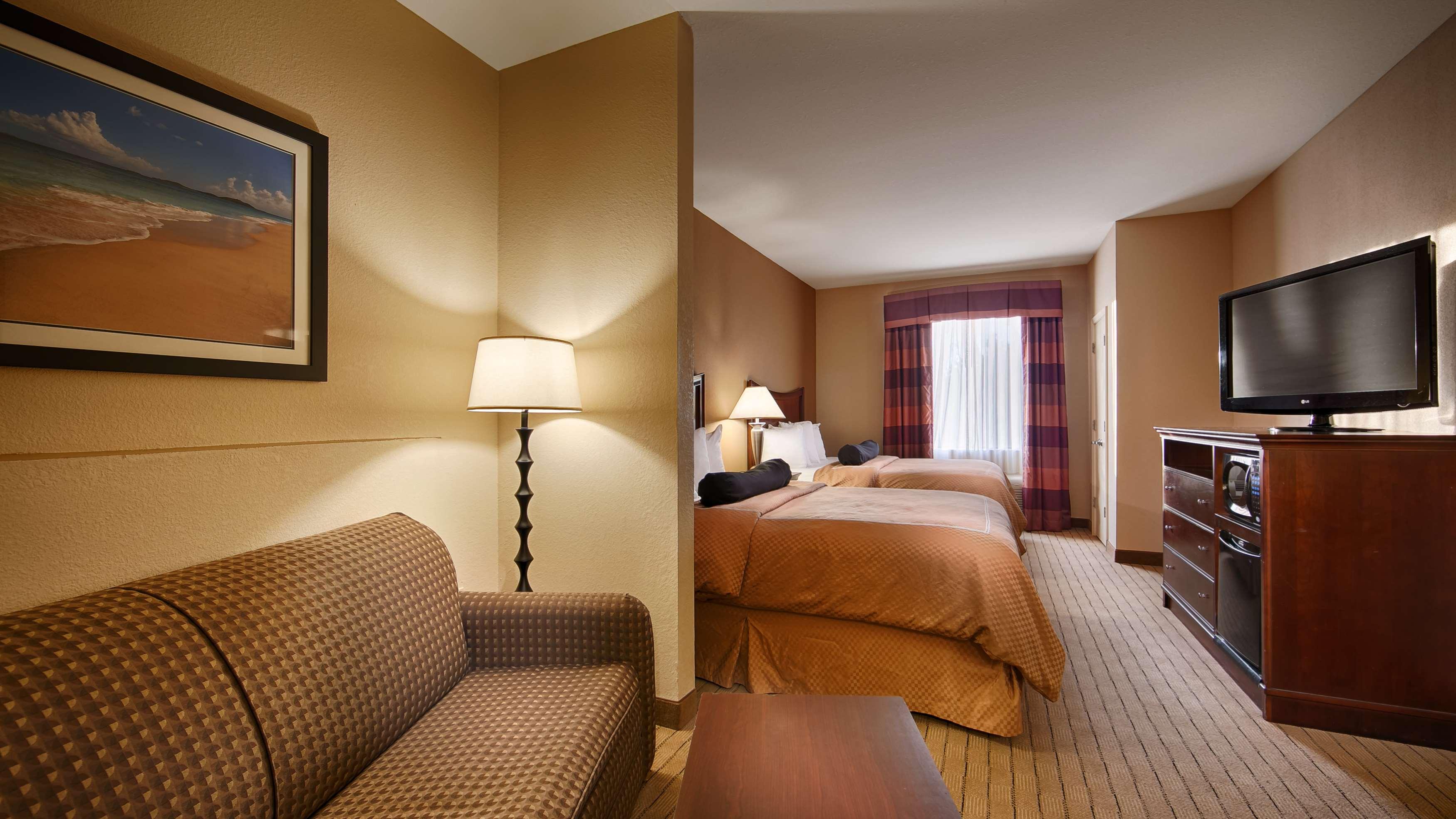 Best Western Plus Daphne Inn & Suites image 8