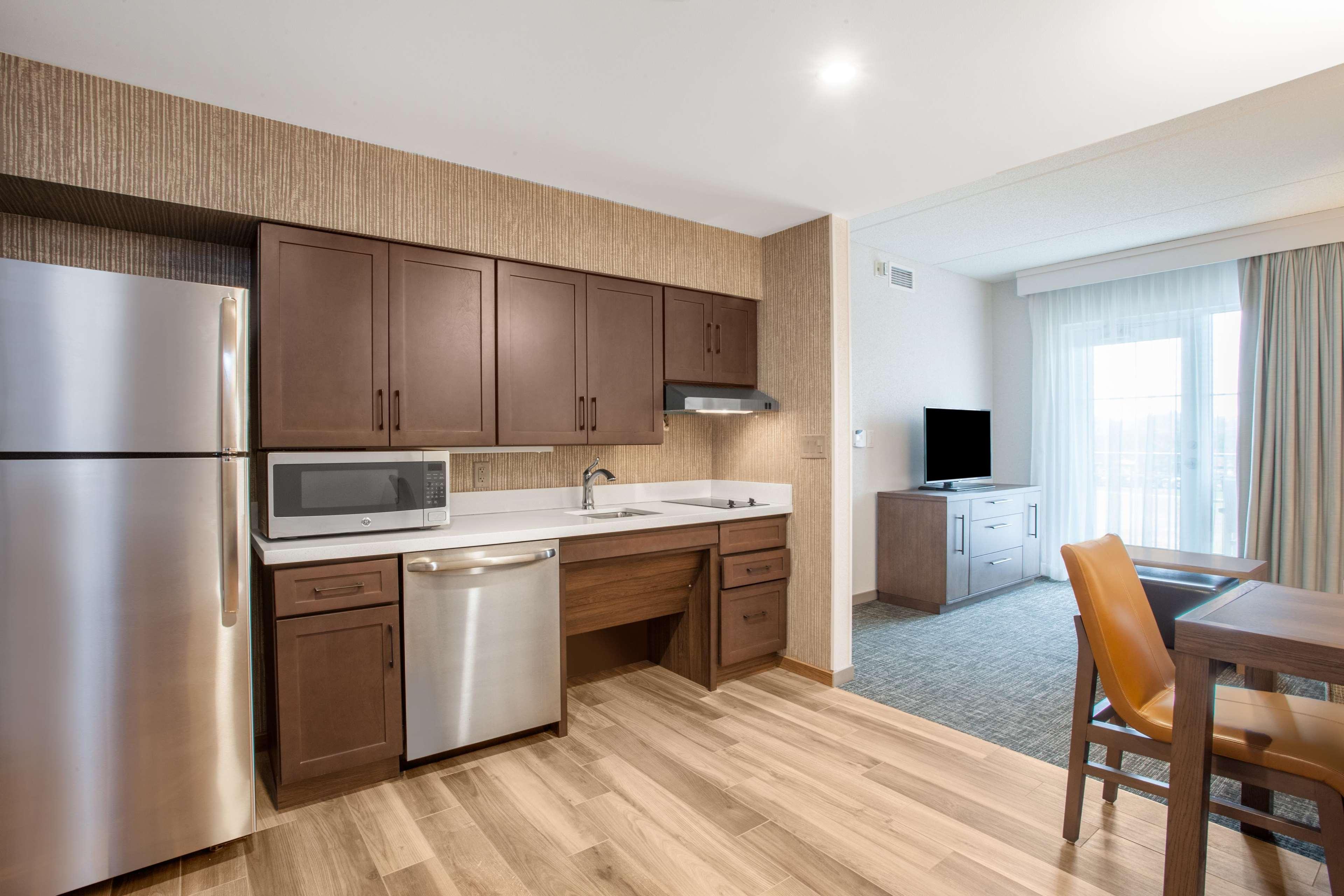 Homewood Suites by Hilton Saratoga Springs image 38
