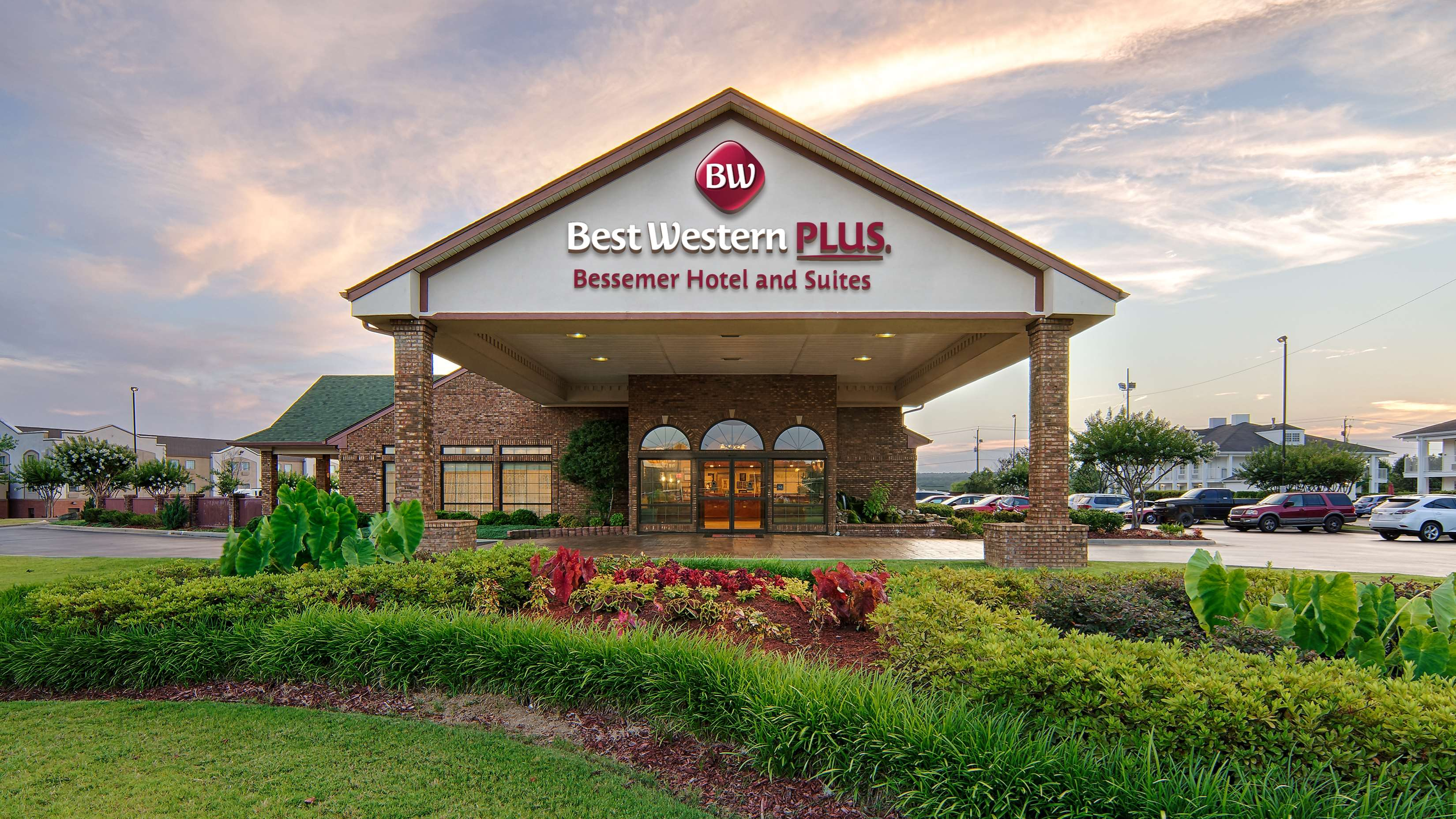 Best Western Plus Bessemer Hotel & Suites image 0