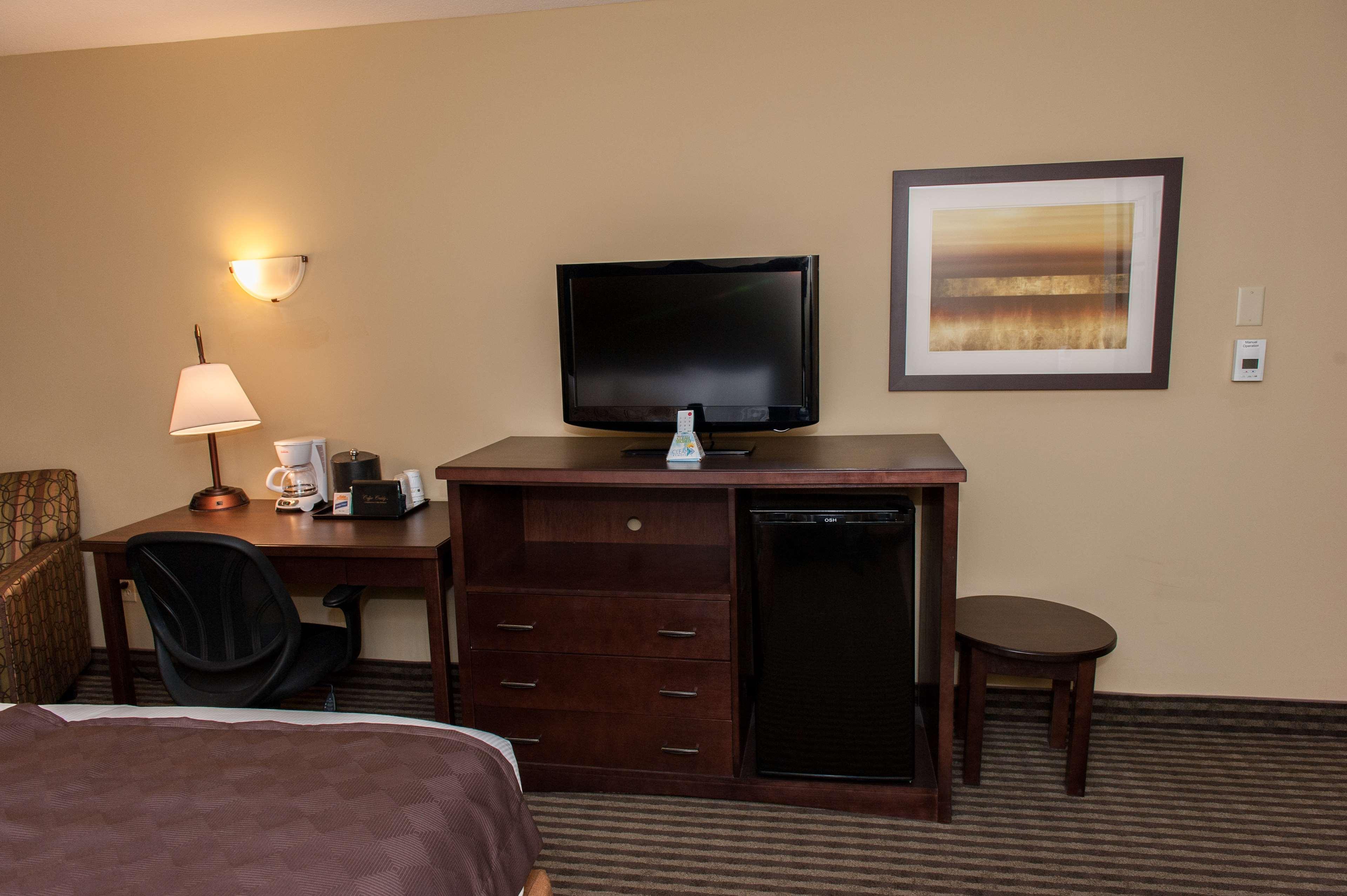 Best Western Maple Ridge Hotel in Maple Ridge: Guest Room Amenities
