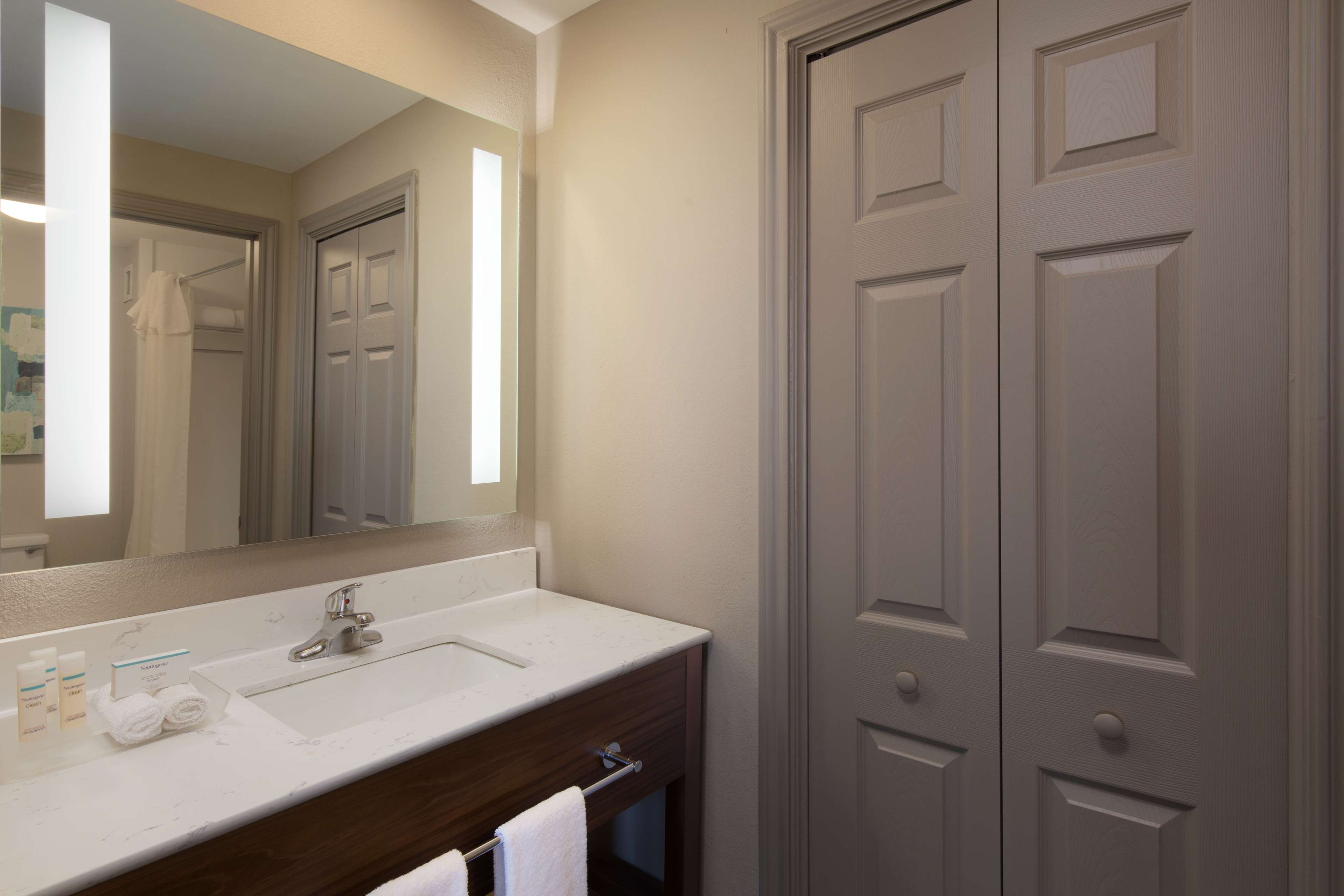 Homewood Suites by Hilton Lubbock image 13