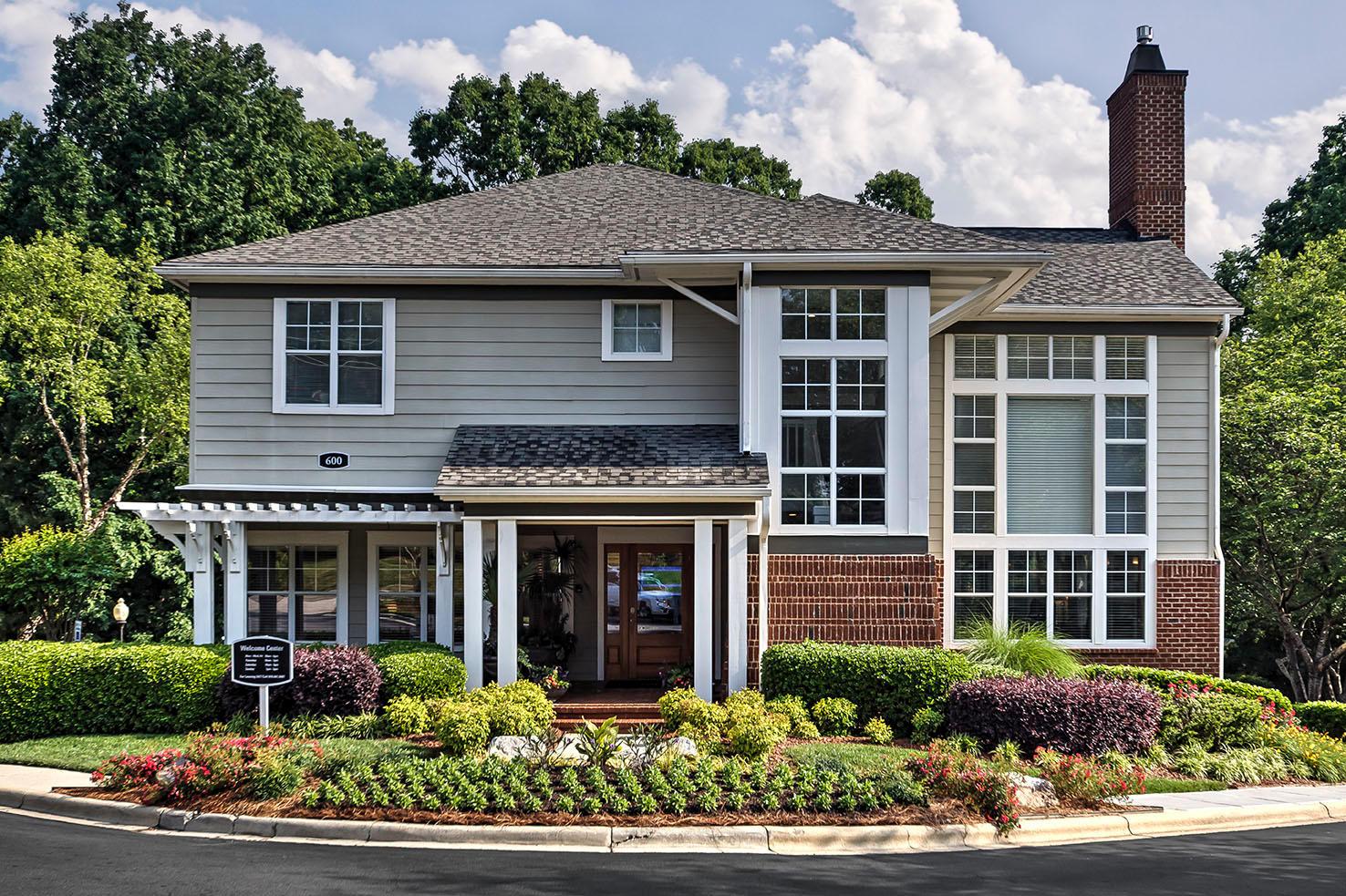 Camden Lake Pine Apartments image 21