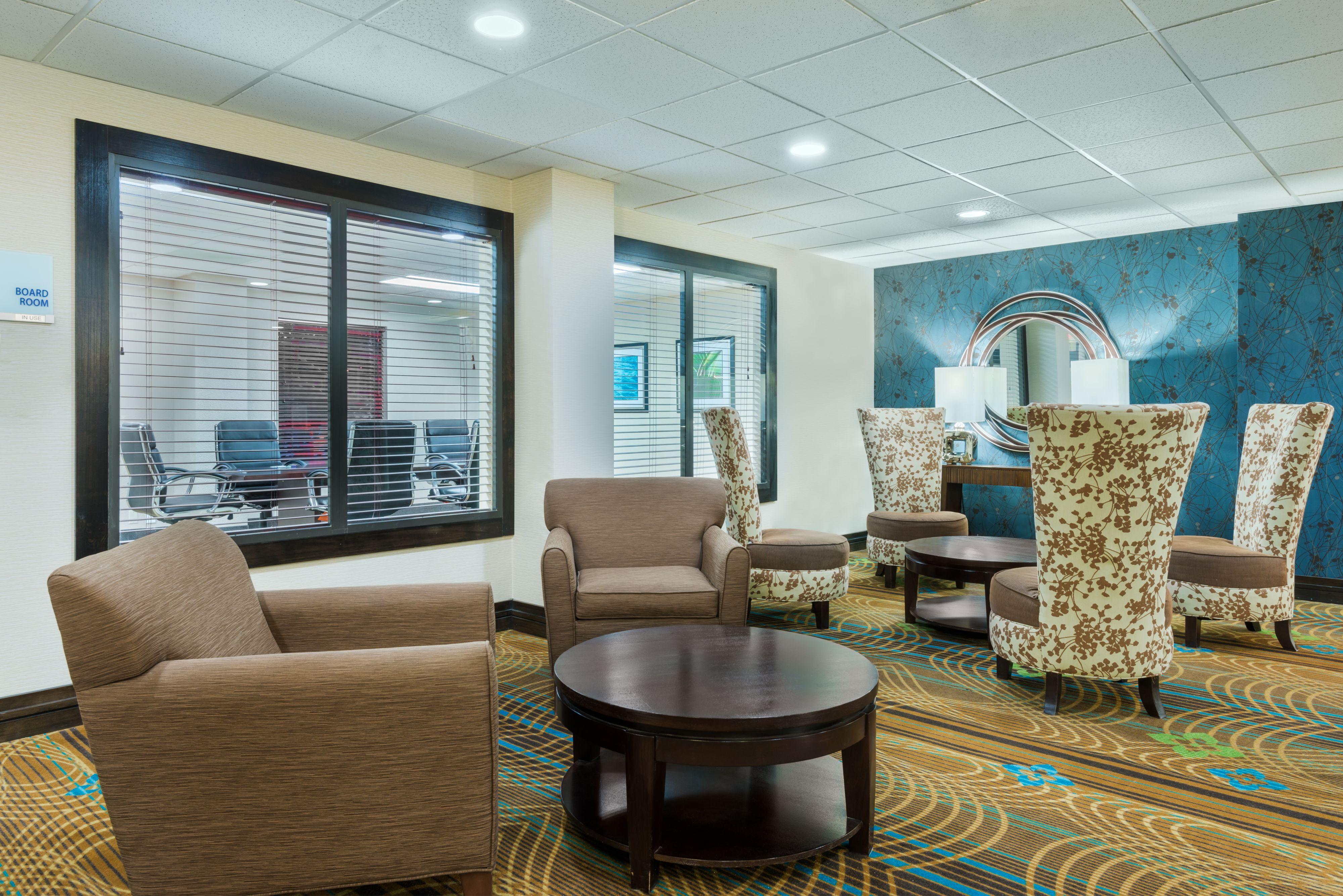 Holiday Inn Express Bentonville image 5