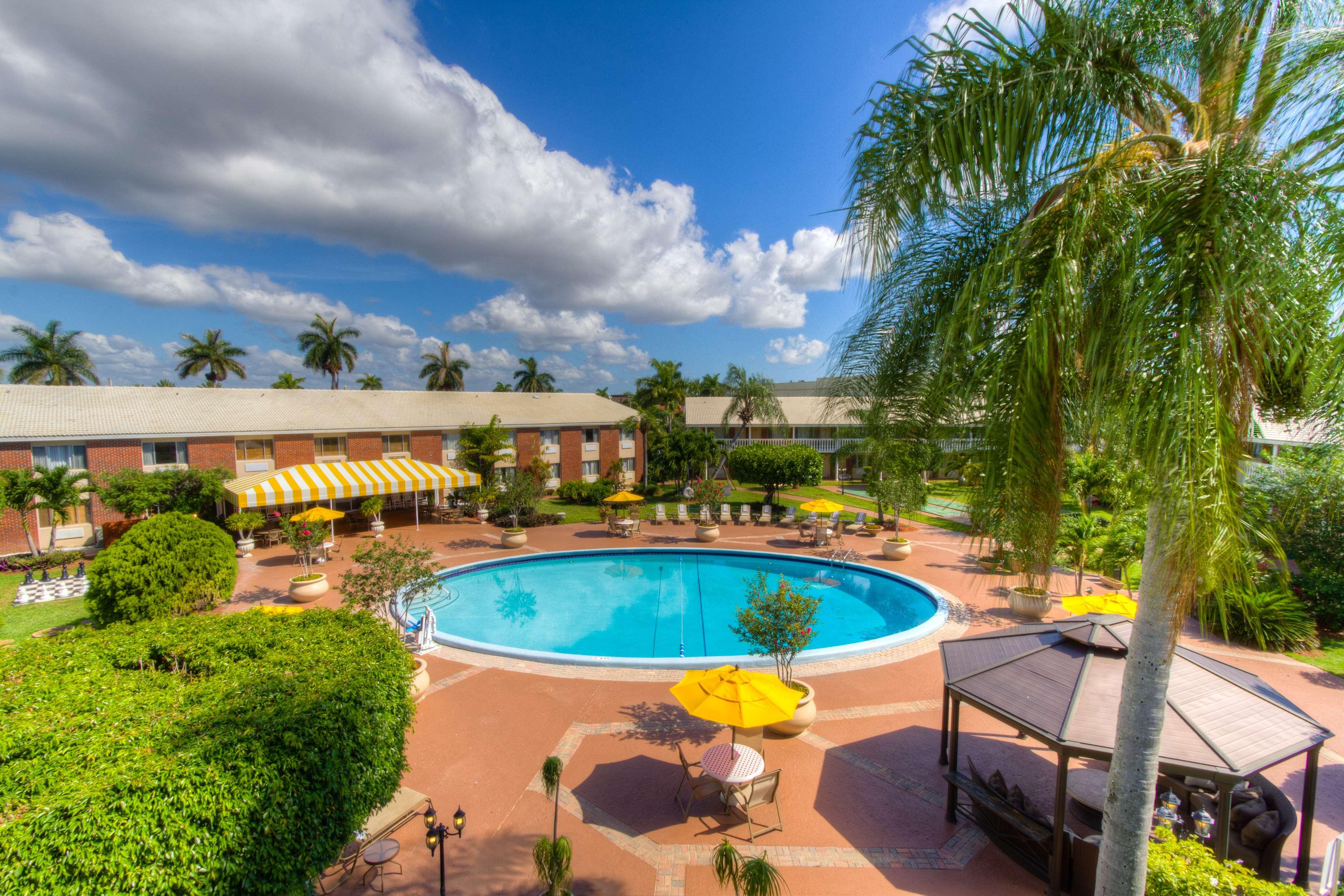 Hawthorn Suites Palm Beach Lakes Blvd