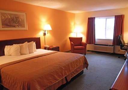 Econo Lodge Inn Suites In Bloomington Il Whitepages
