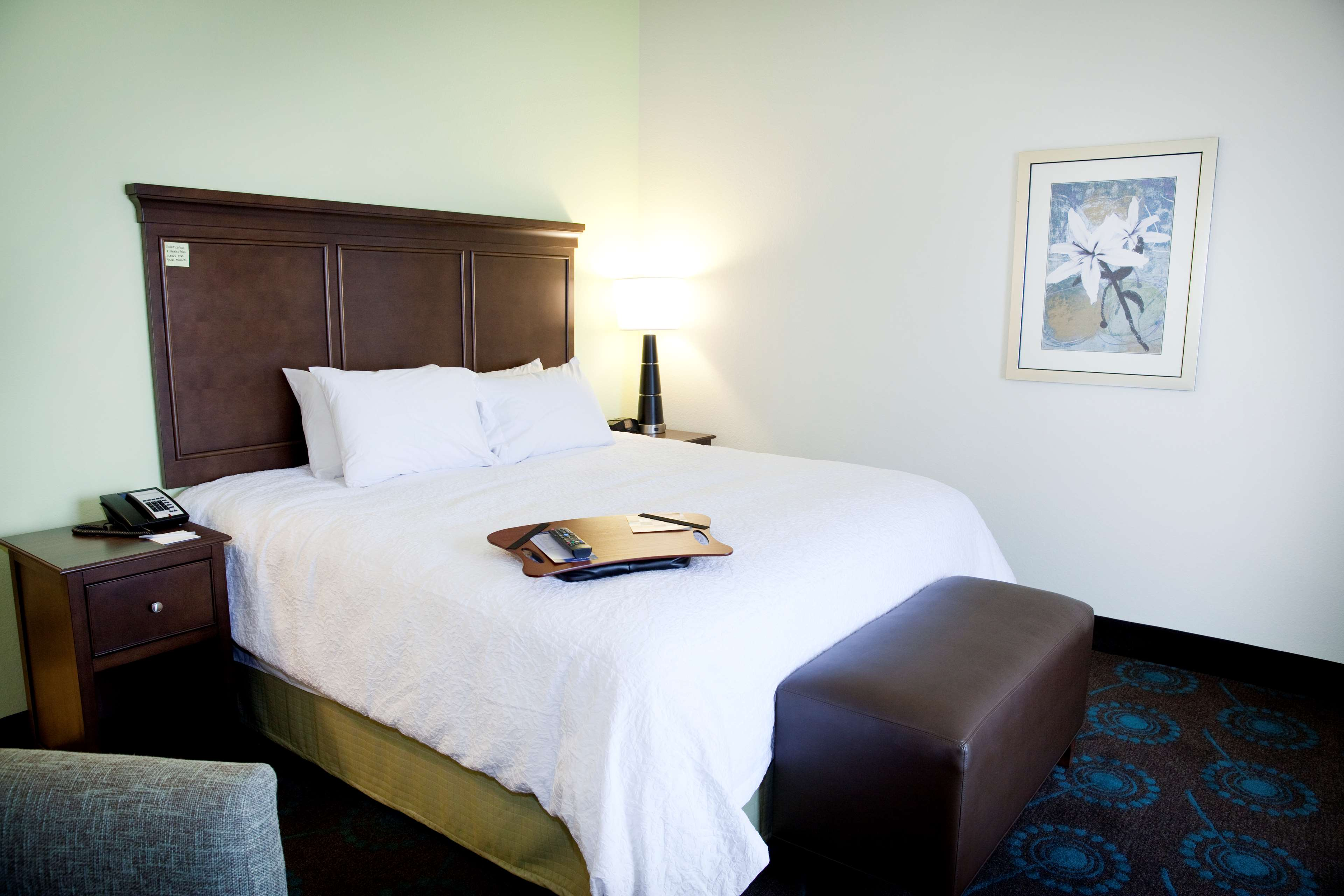 Hampton Inn & Suites Wheeling-The Highlands image 11