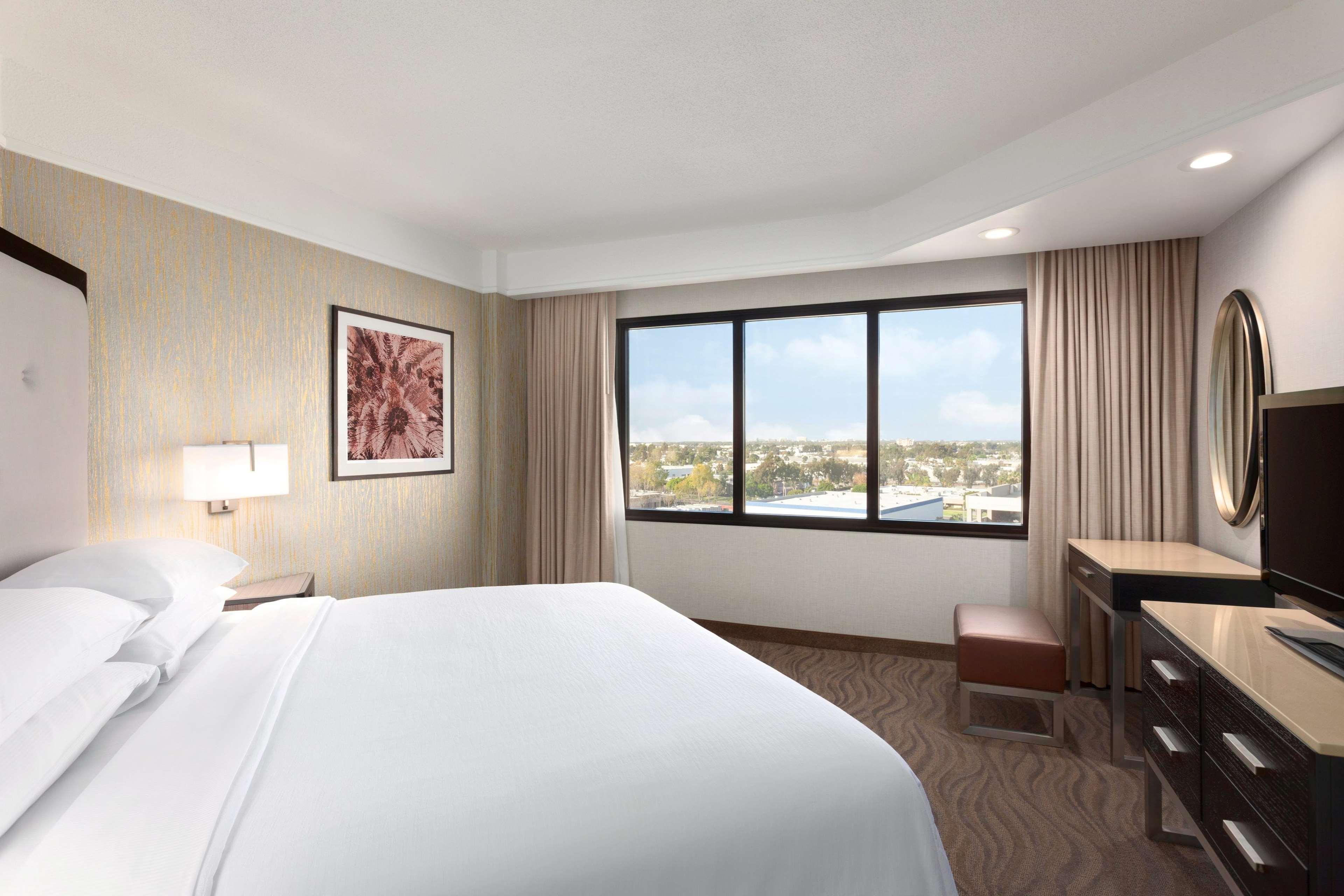 King City View Bedroom