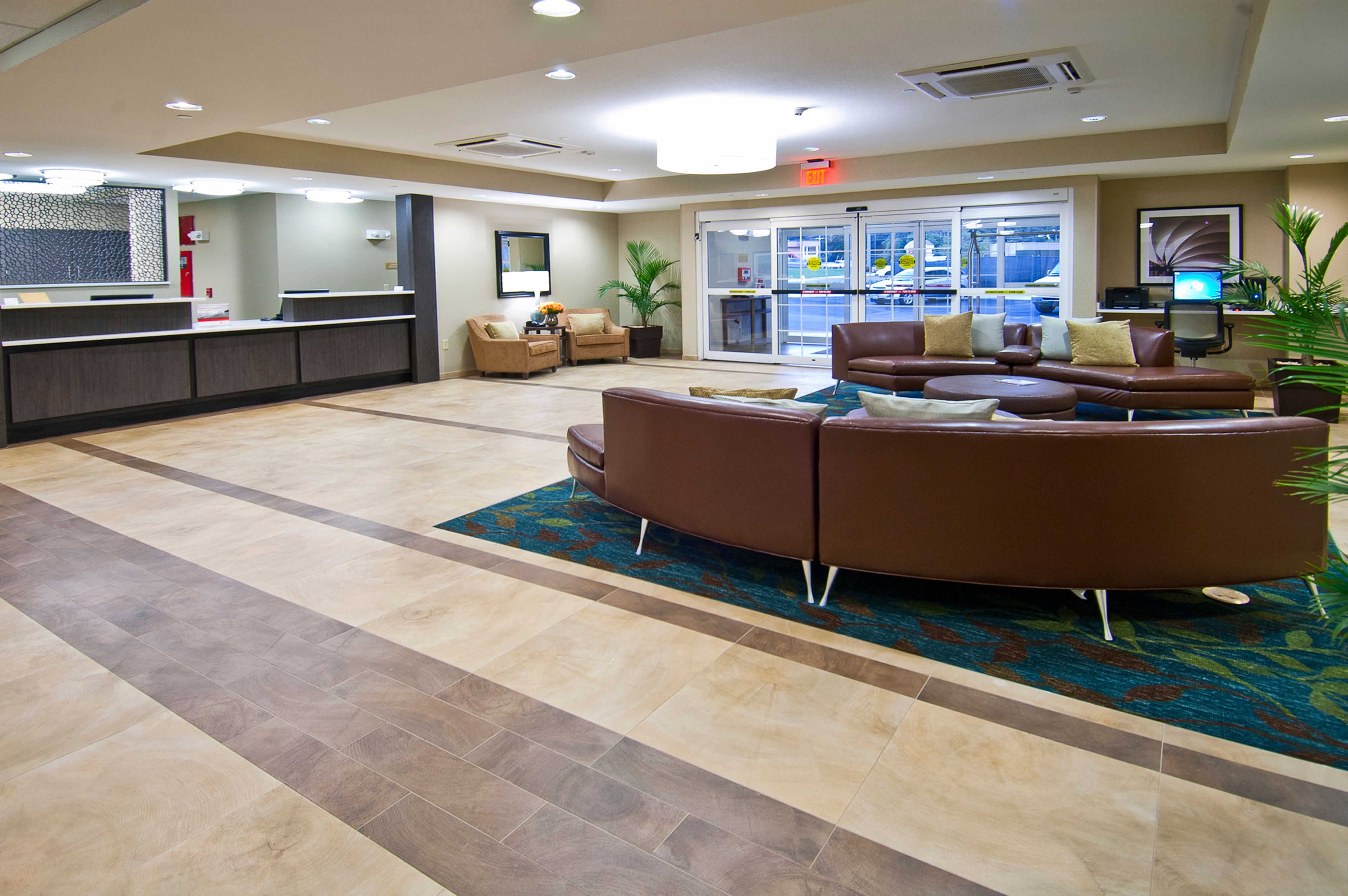 Candlewood Suites Tupelo North image 4