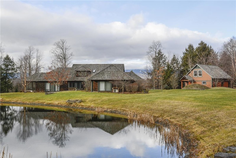 Stowe Country Homes image 49