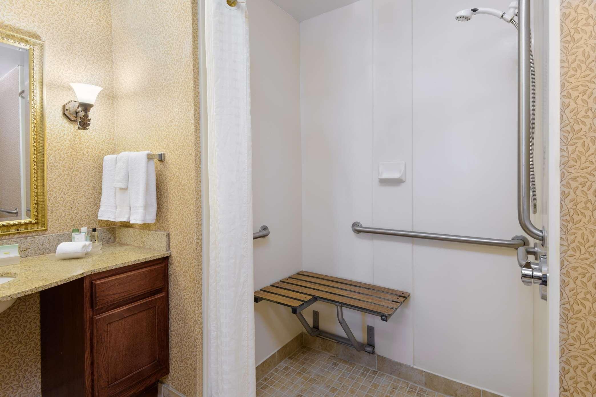 Homewood Suites by Hilton Richmond-Chester image 4