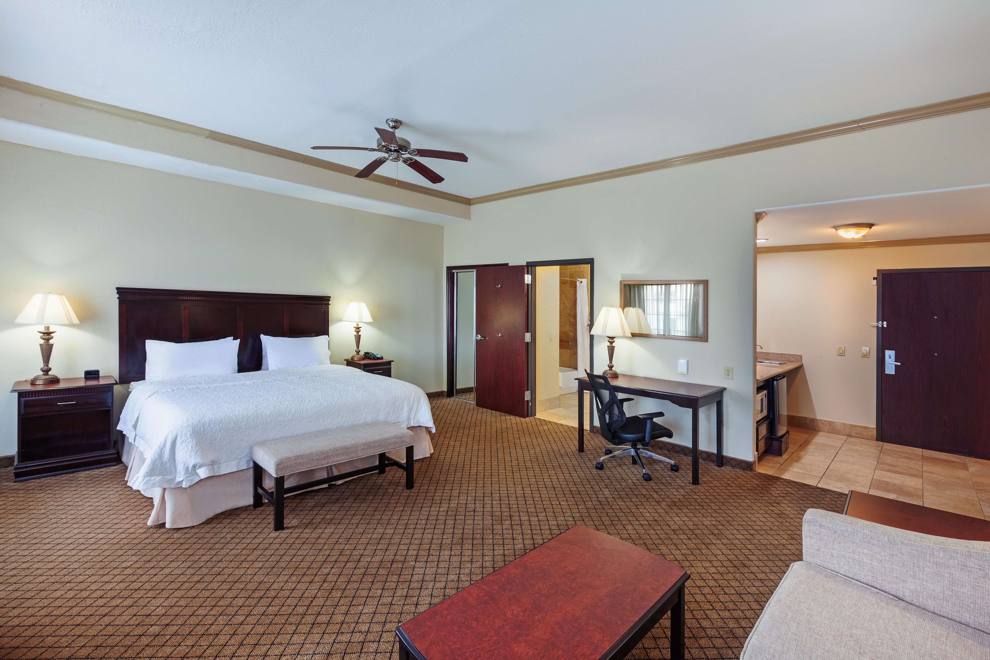 Hampton Inn & Suites Galveston image 25
