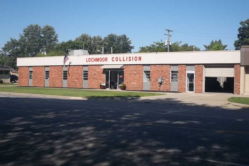 Lochmoor Collision Center image 3