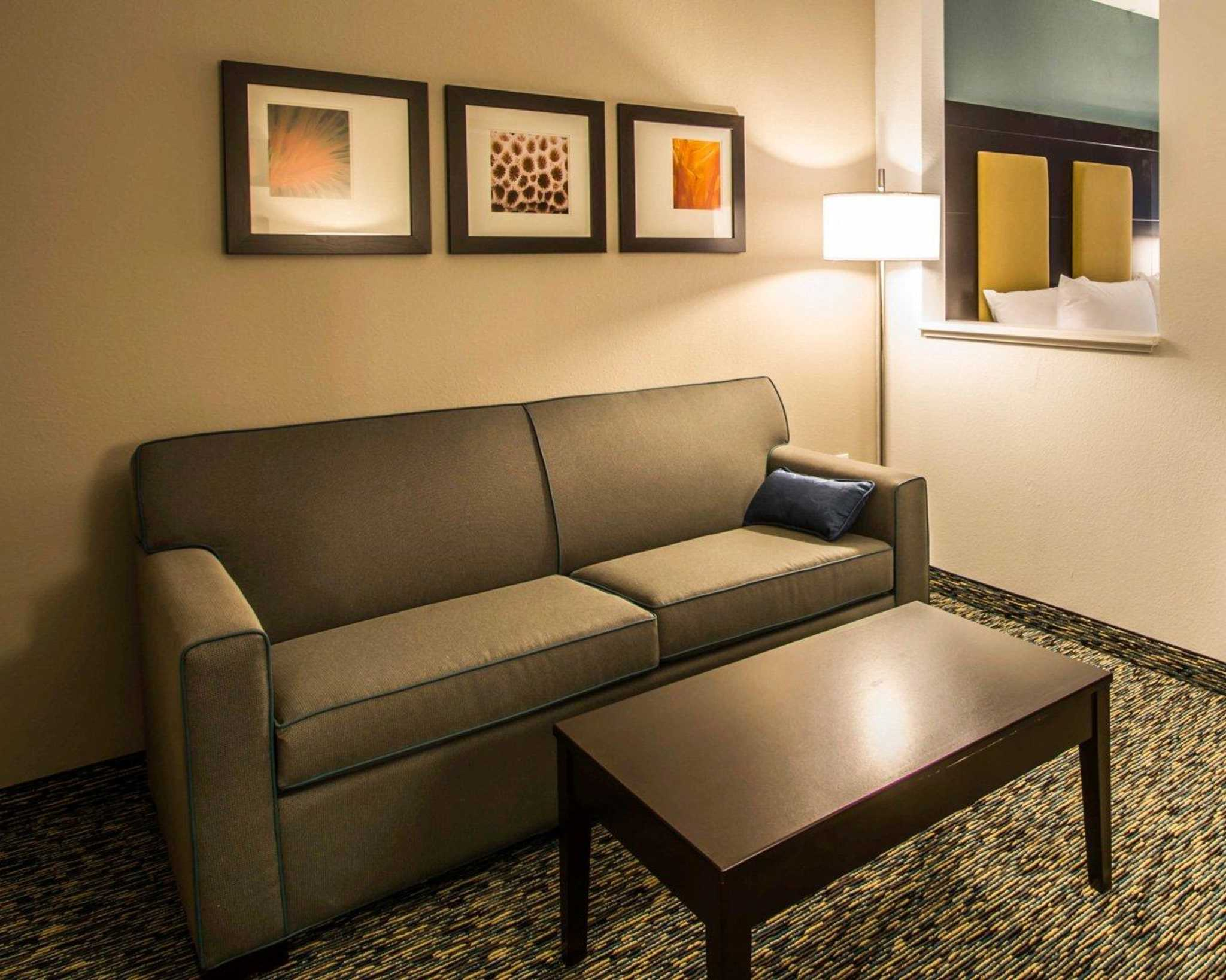 Comfort Suites Fort Lauderdale Airport South & Cruise Port image 24