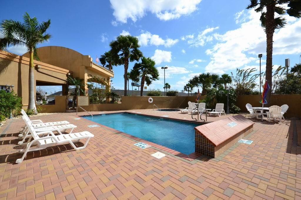 Best Western Casa Villa Suites image 4