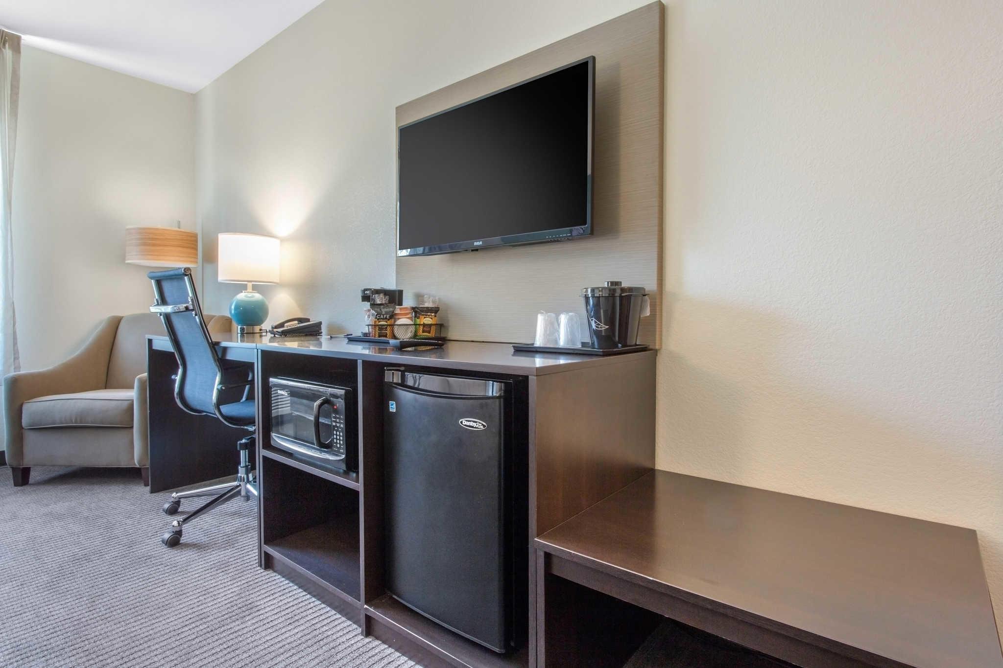Sleep Inn & Suites Monroe - Woodbury image 11