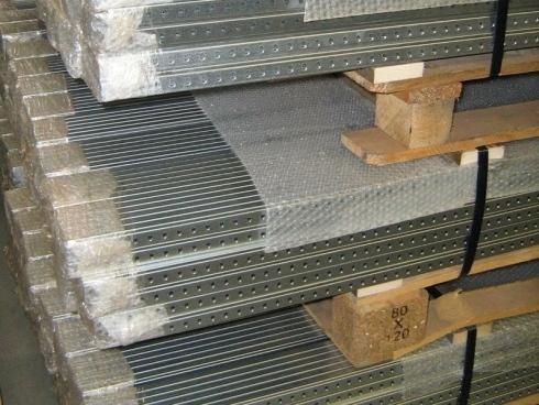 Scrosati arredamenti metallici mobili per la scuola for Marano arredamenti roma
