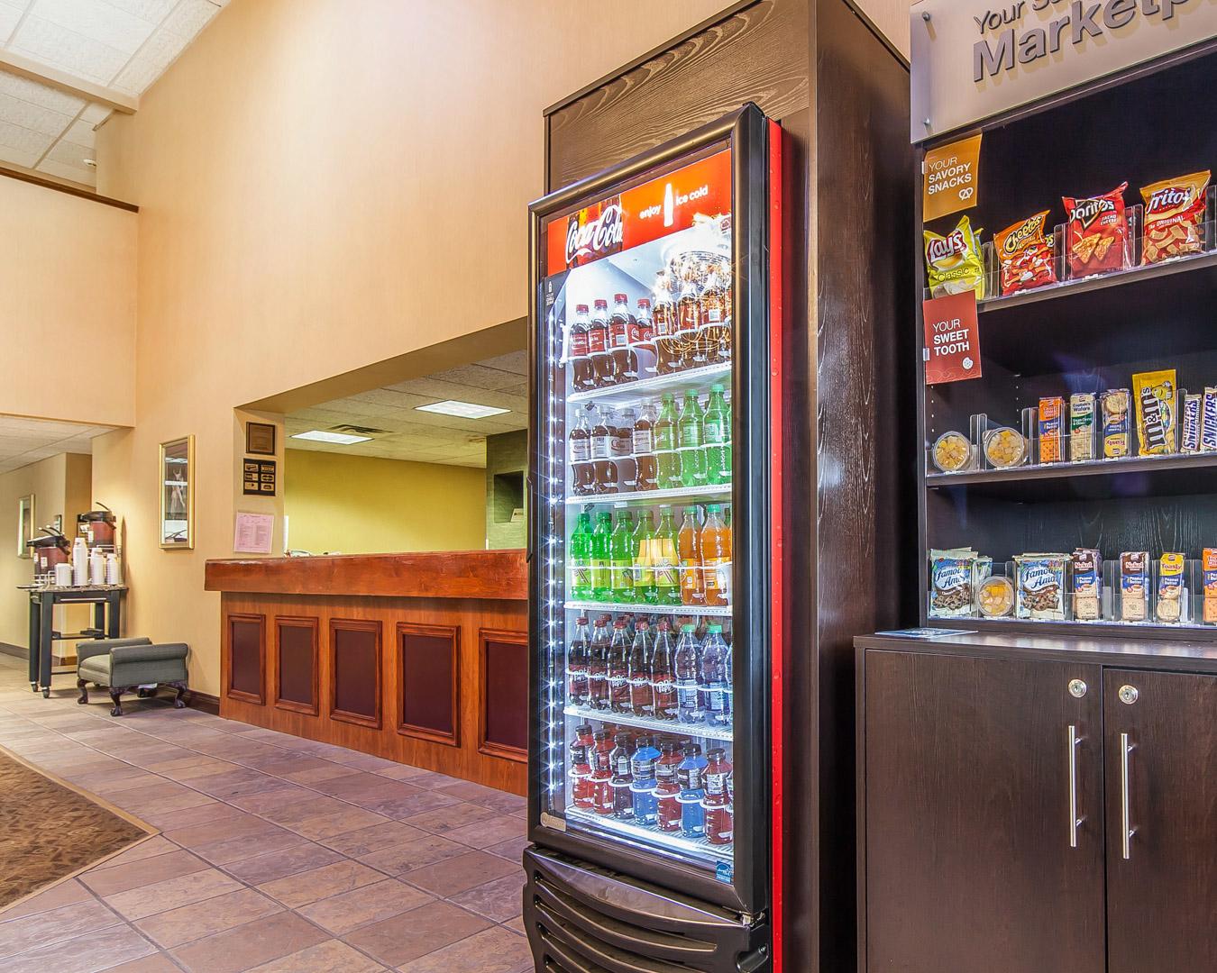 Comfort Suites Airport image 2