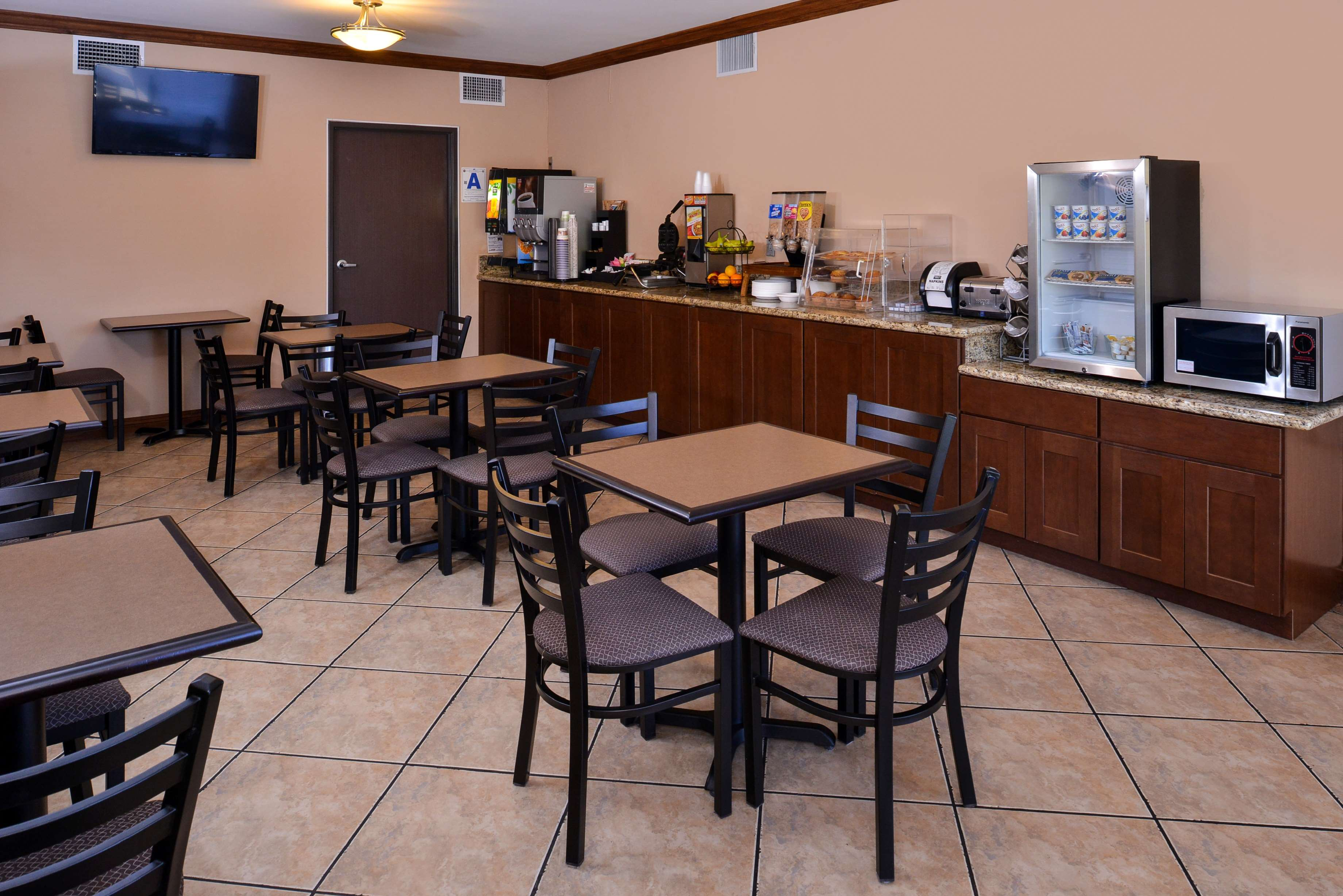 Best Western Santee Lodge image 26