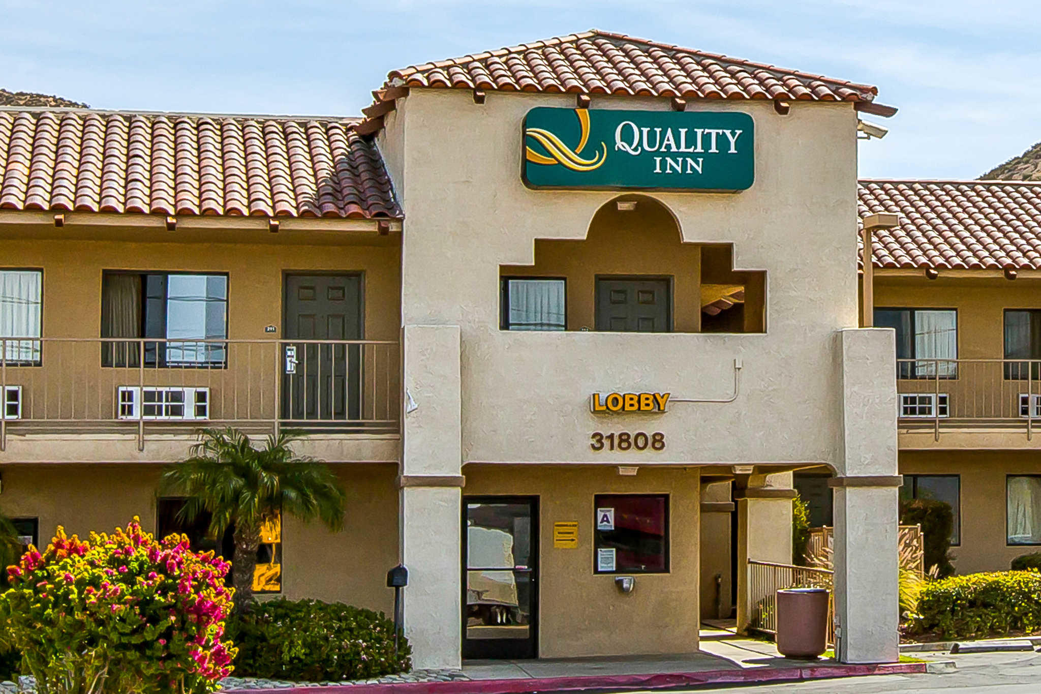 Quality Inn Lake Elsinore I-15 image 2