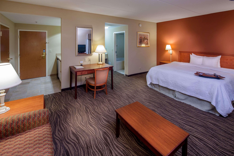 Hampton Inn & Suites Augusta West image 29