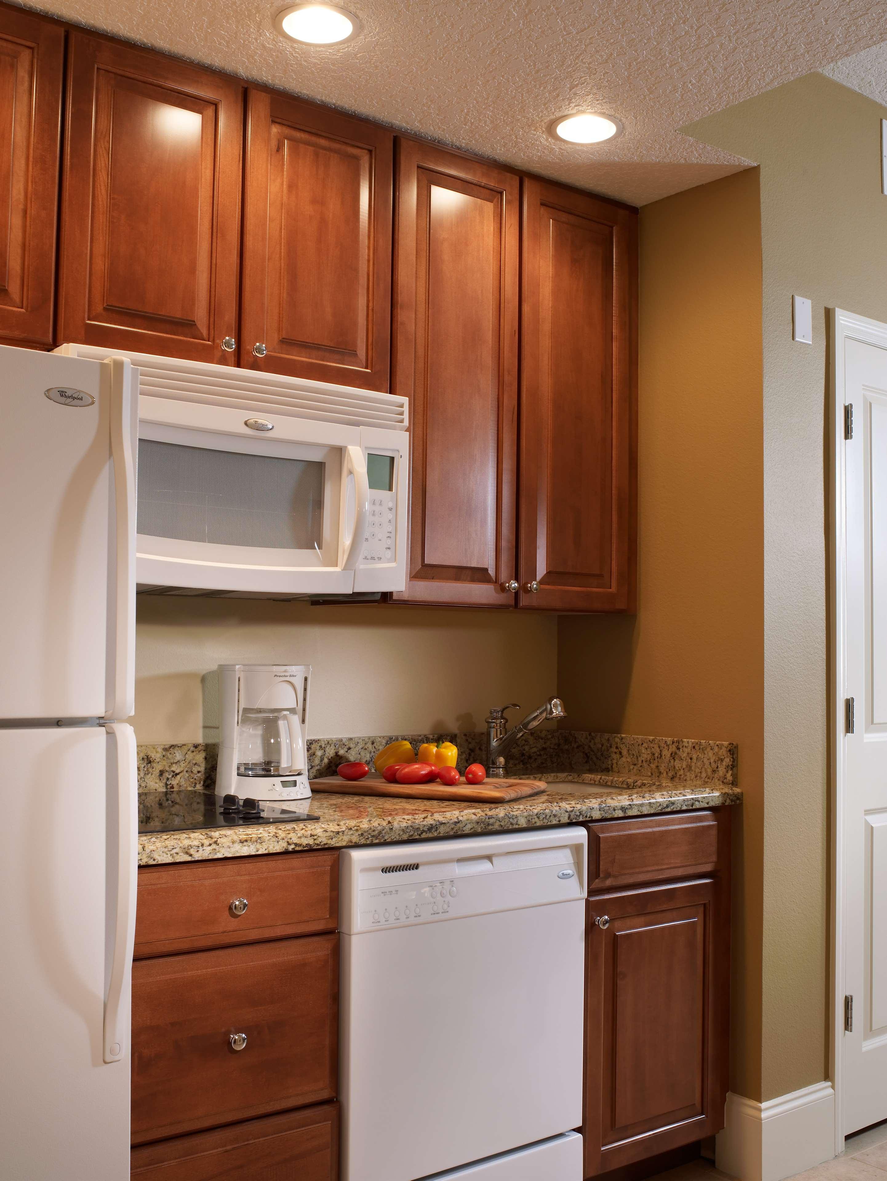 St. Augustine Phase Kitchenette  - 3-bdrm lockoff villa, 1-bdrm villa, 2-bdrm lockoff villa, or 1-bdrm premium villa.